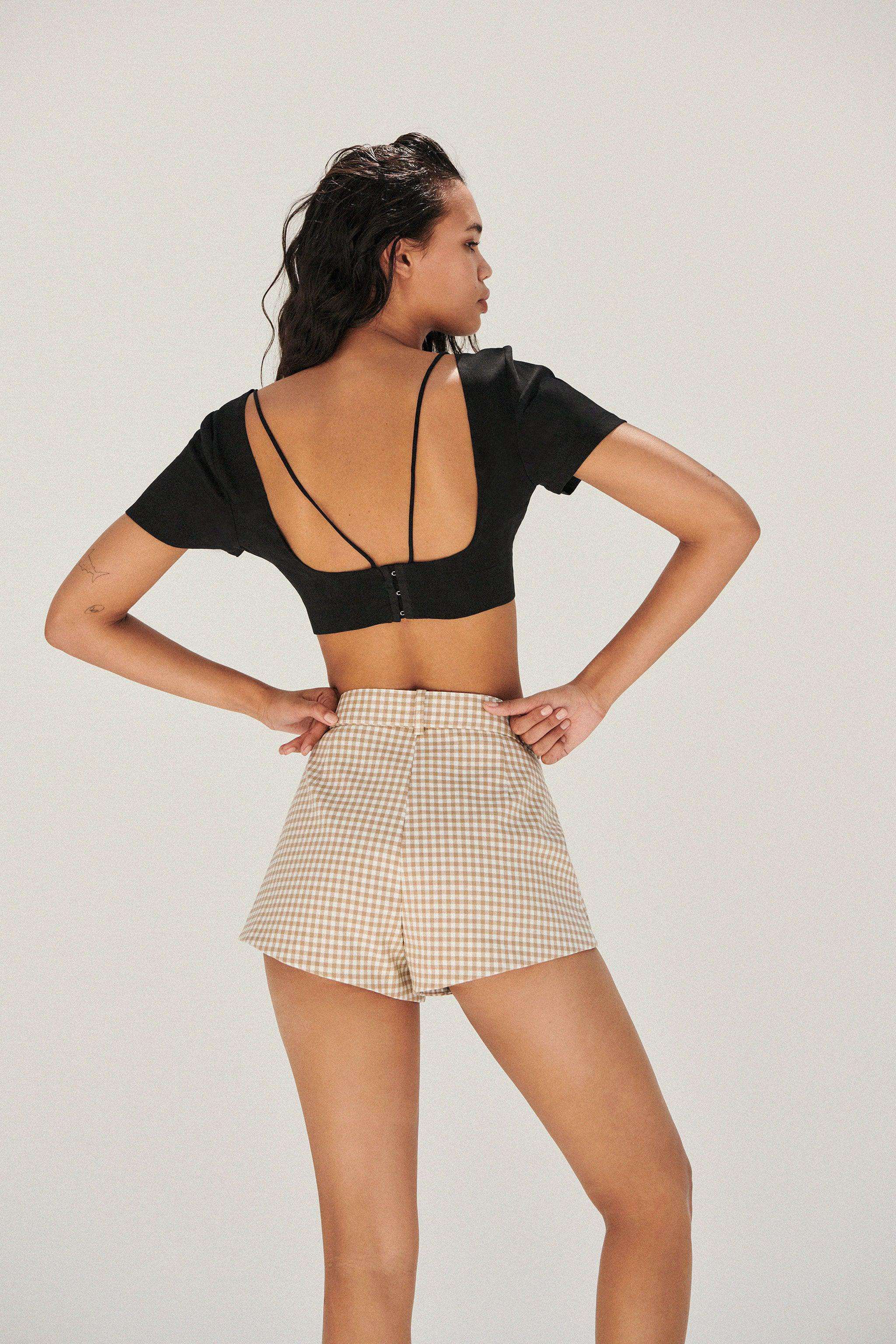 BELTED SHORTS 2