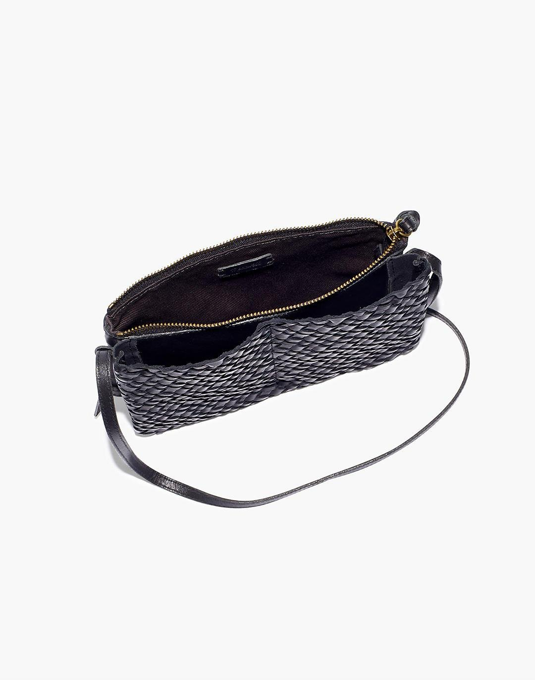 The Knotted Crossbody Bag in Woven Leather 1