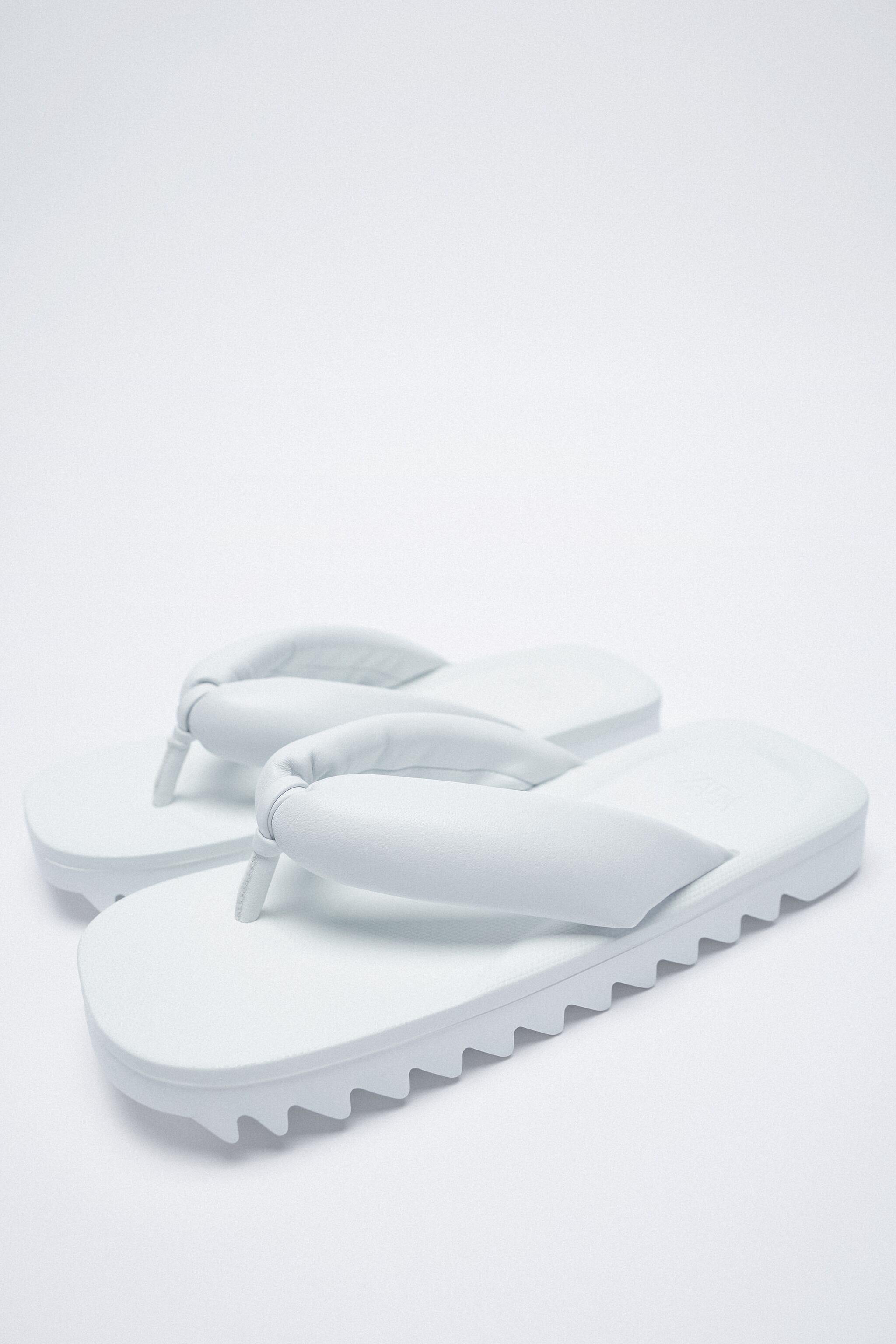 FLAT PADDED LEATHER SANDALS 6