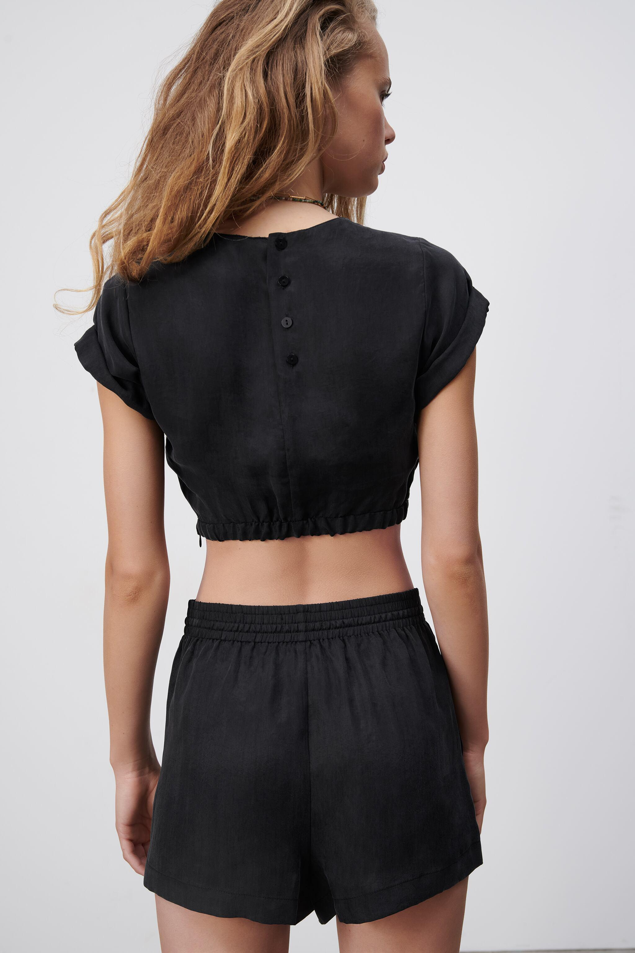 FLOWY CROPPED TOP 2