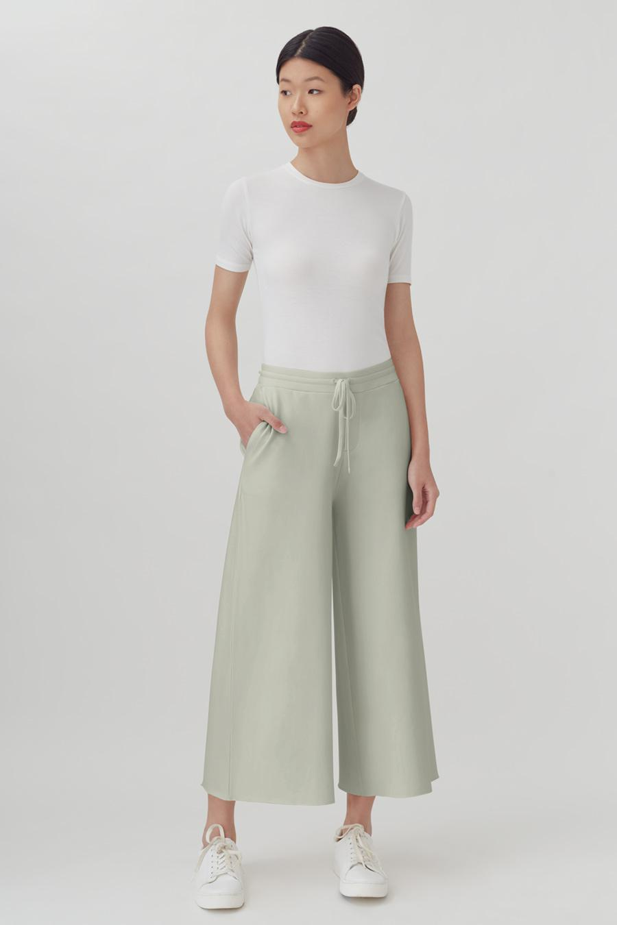 Women's French Terry Wide-Leg Cropped Pant in Sage | Size: 1