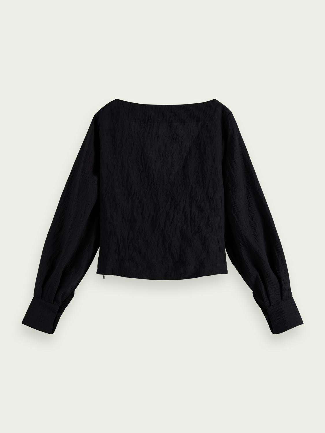 V-neck knotted top 4