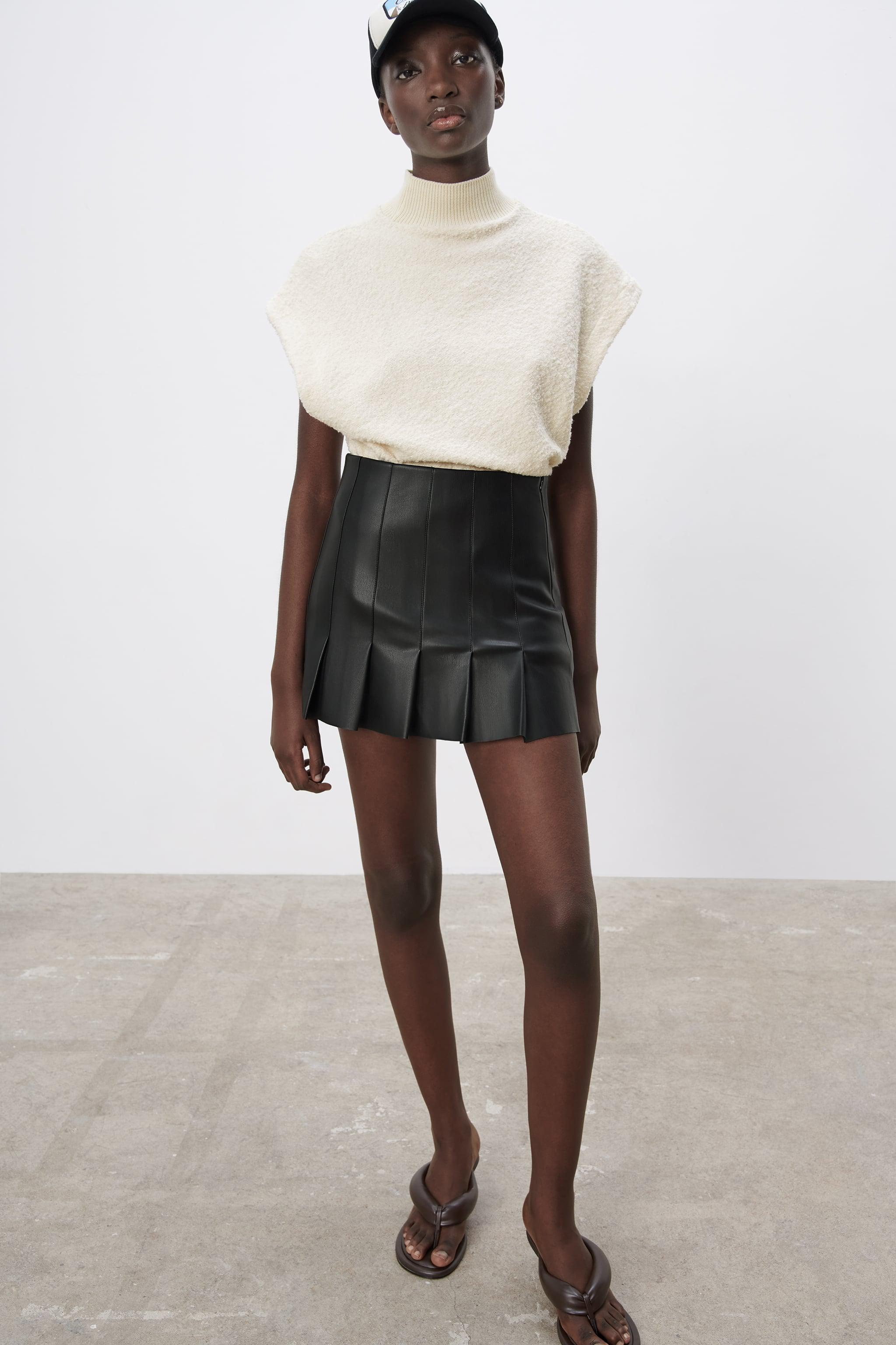 FAUX LEATHER BOX PLEAT SKIRT 2
