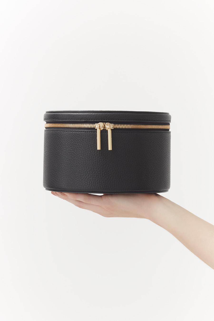Women's Leather Wellness Case in Black   Pebbled Leather by Cuyana 3