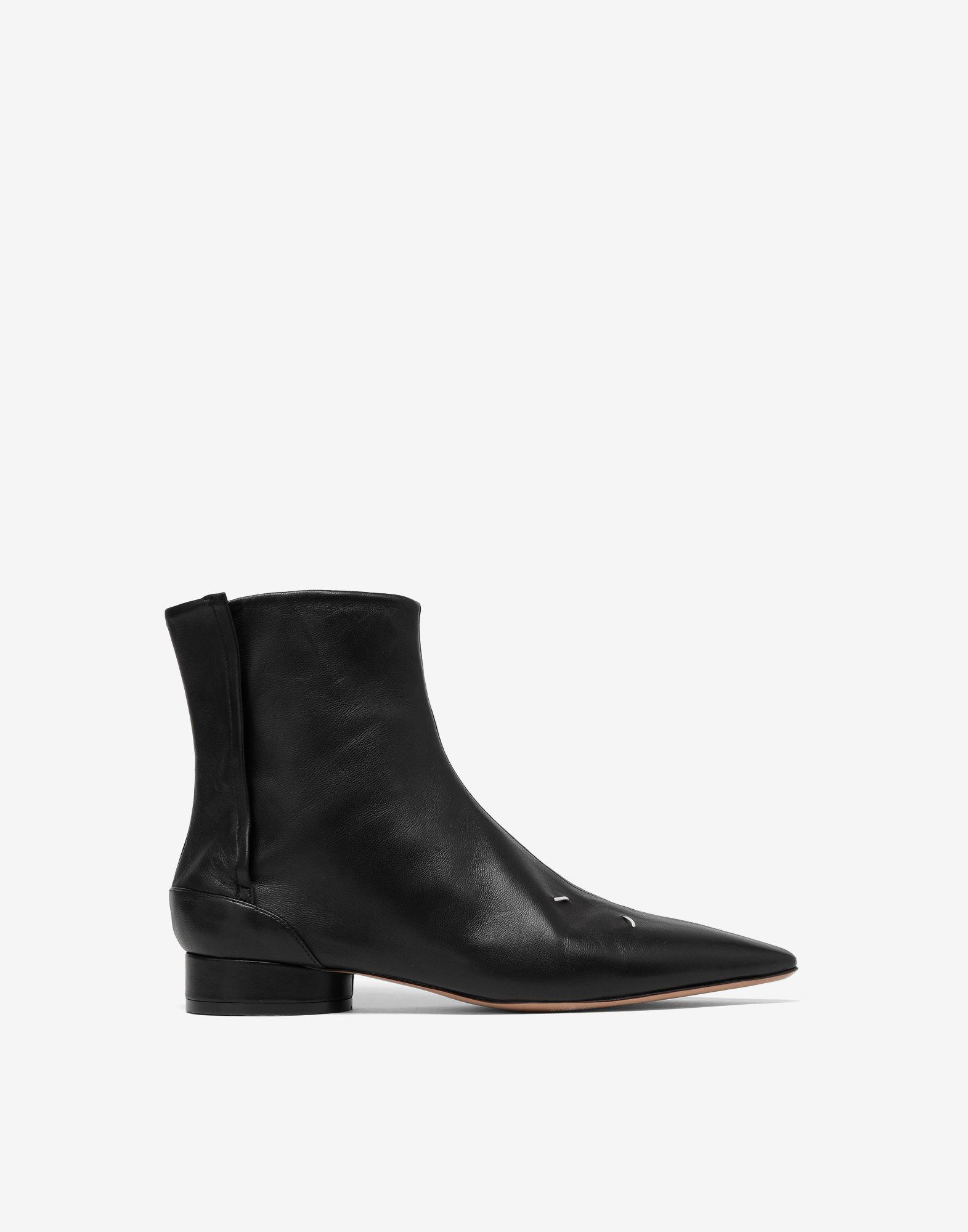 4-stitches leather ankle boots