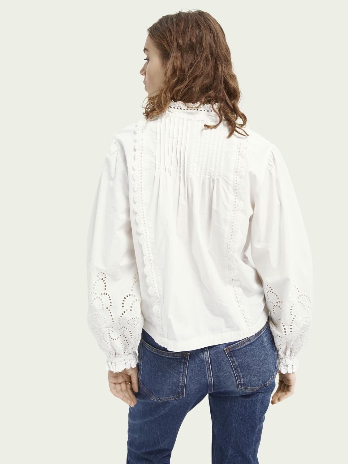 Broderie anglaise detail top 2