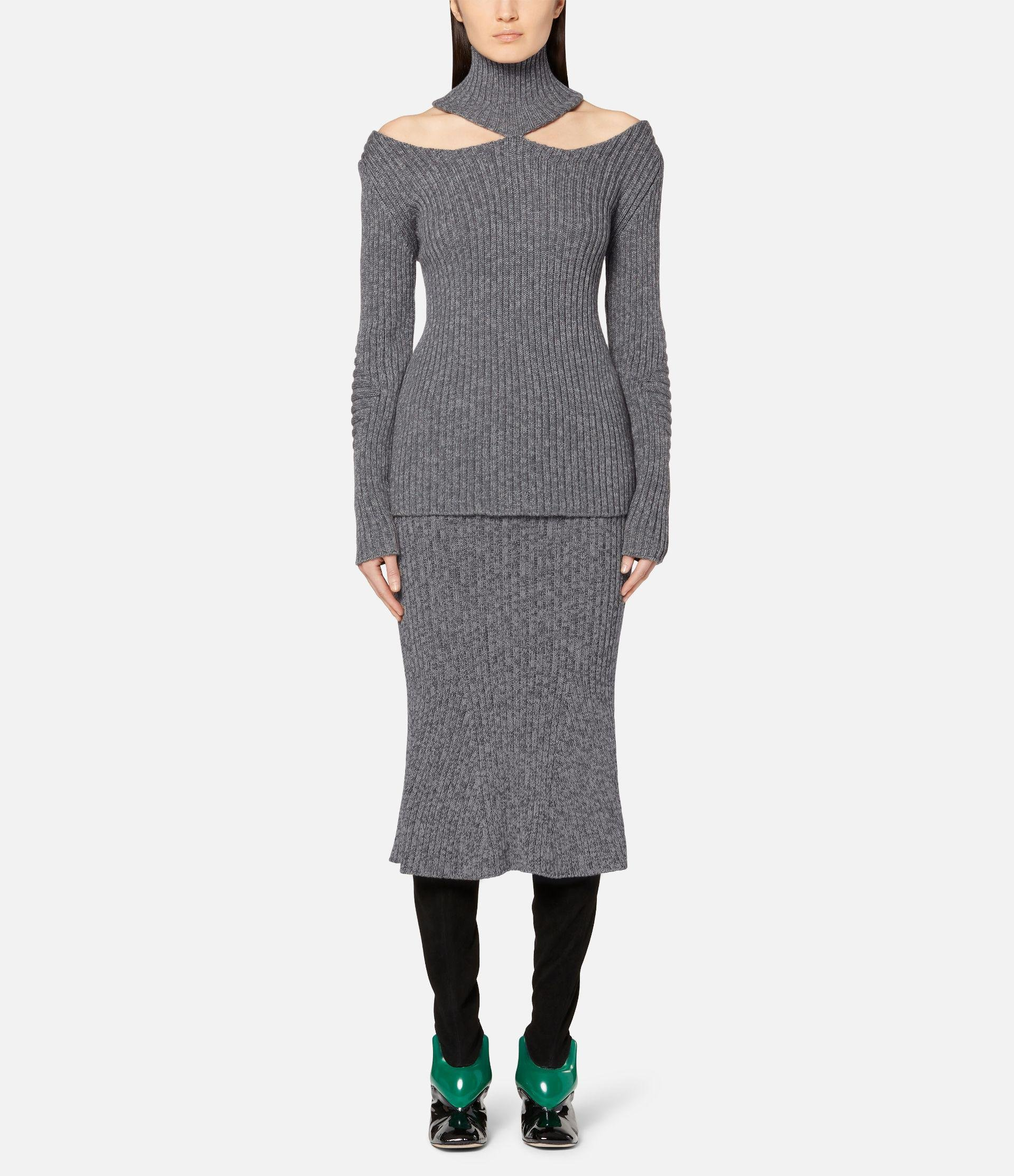 cut out shoulder knitted sweater