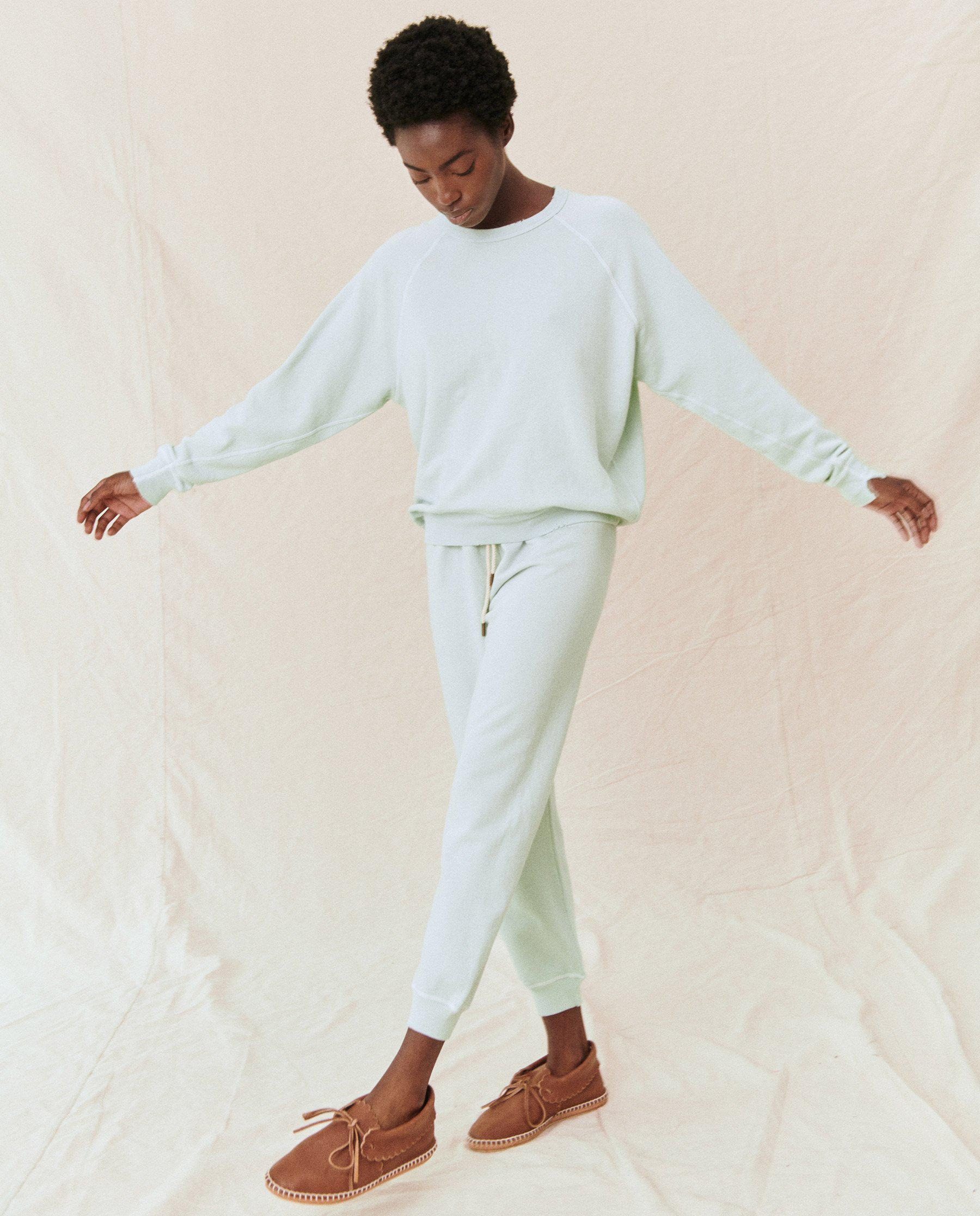 The Cropped Sweatpant. Solid -- Fresh Mint