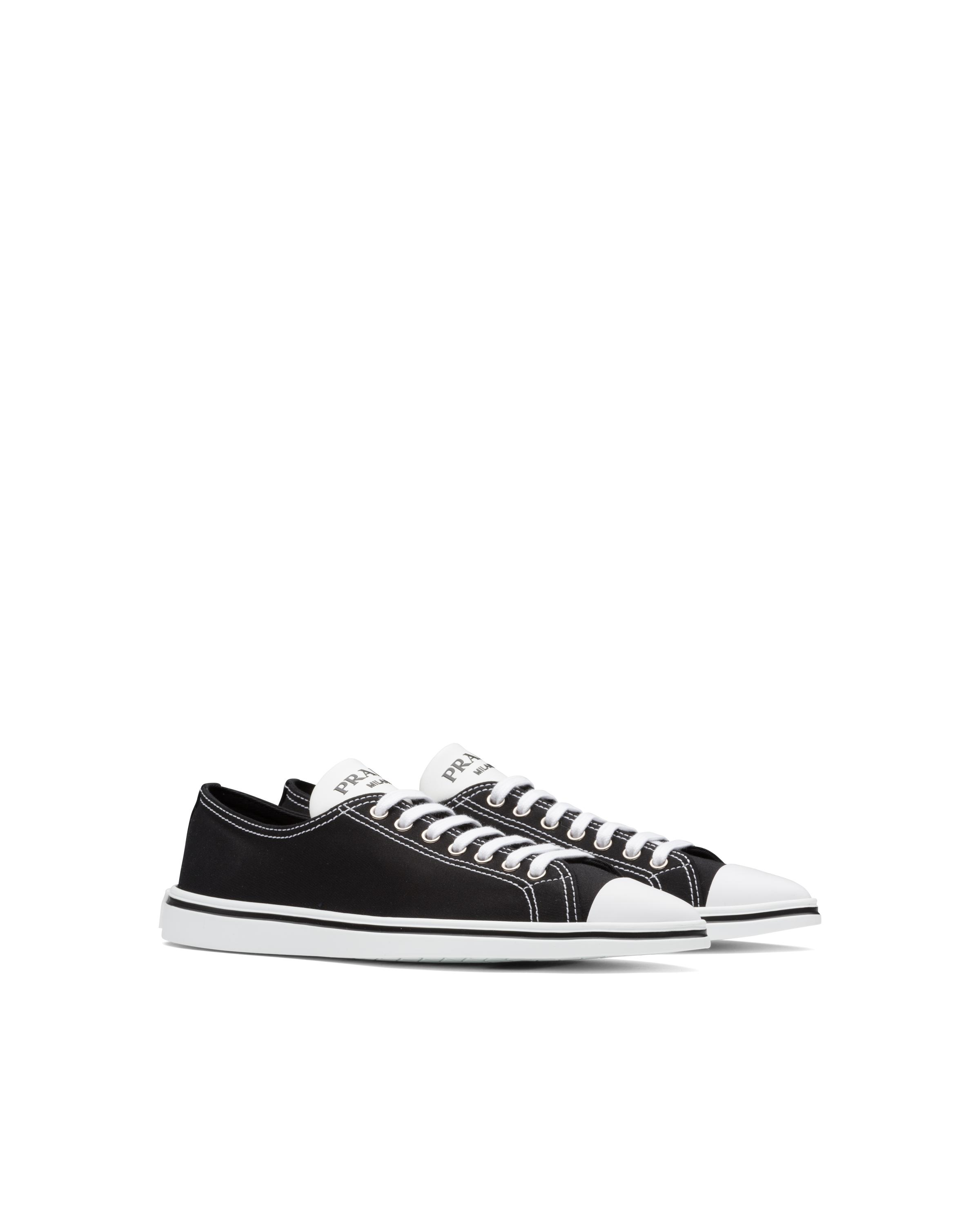 Synthesis Sneakers Women Black 5