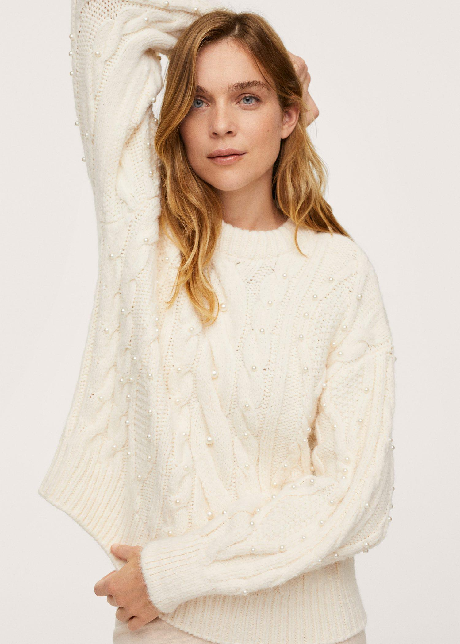 Pearls knitted sweater