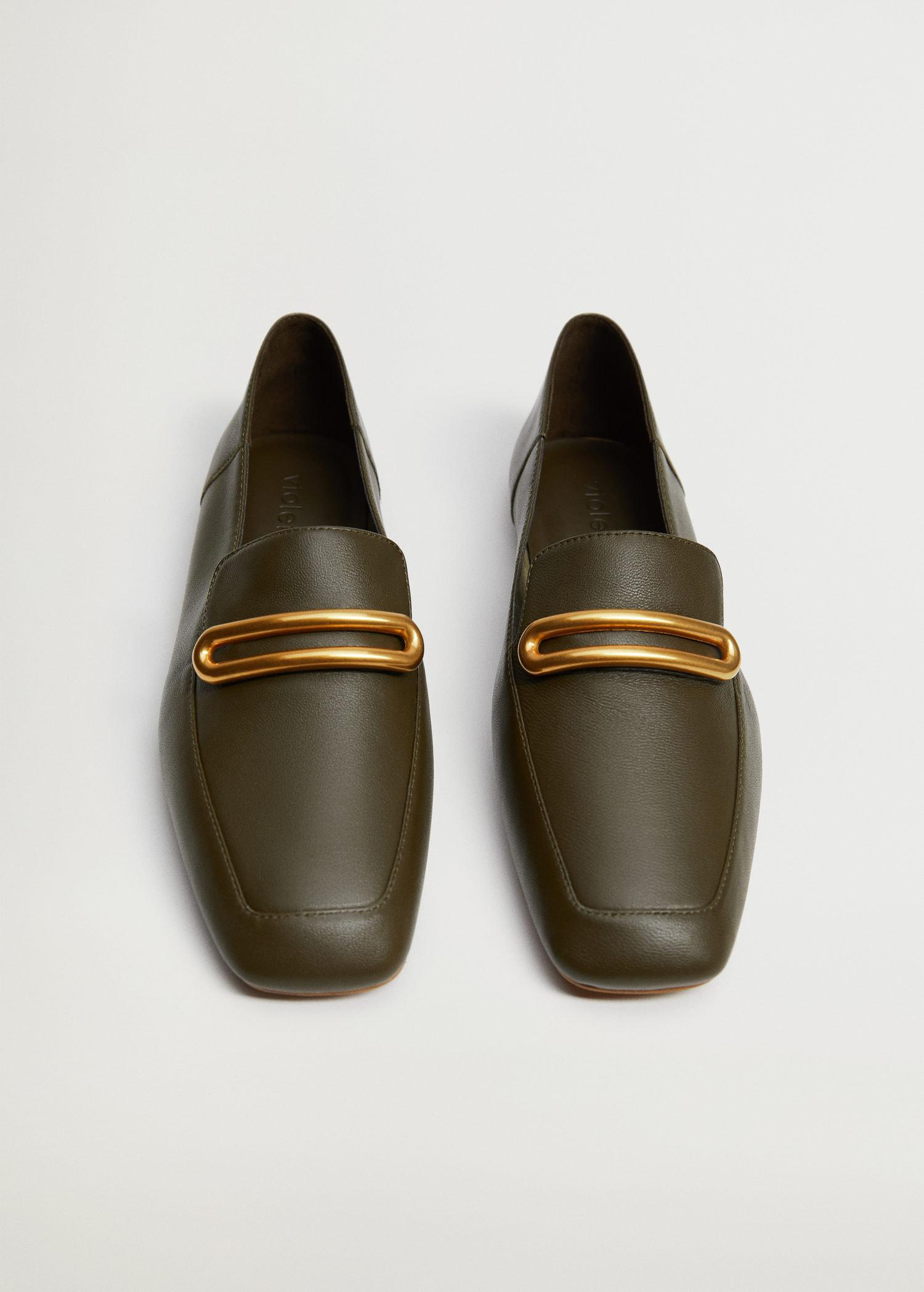 Buckle leather moccasins 2