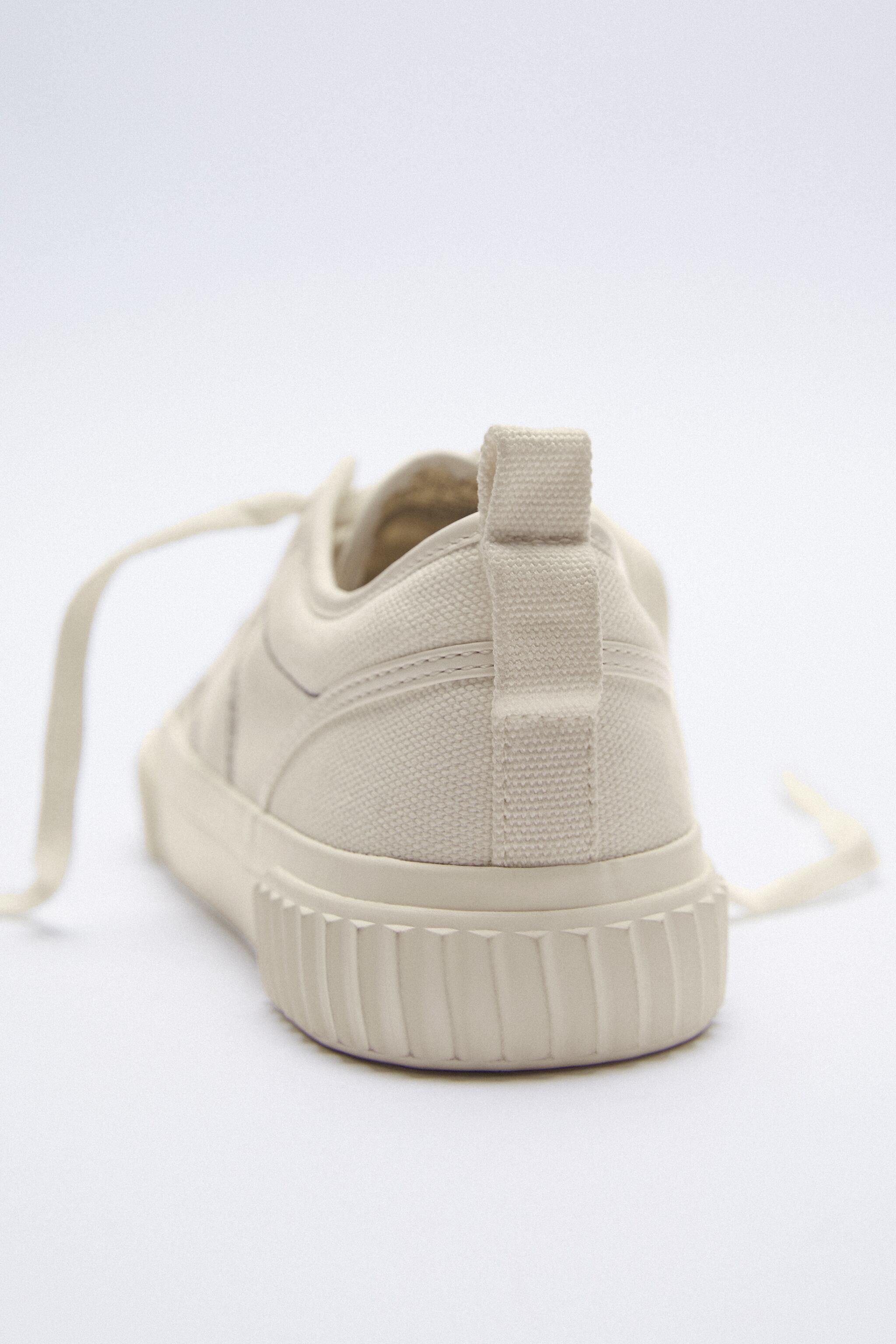 CANVAS SNEAKERS 5