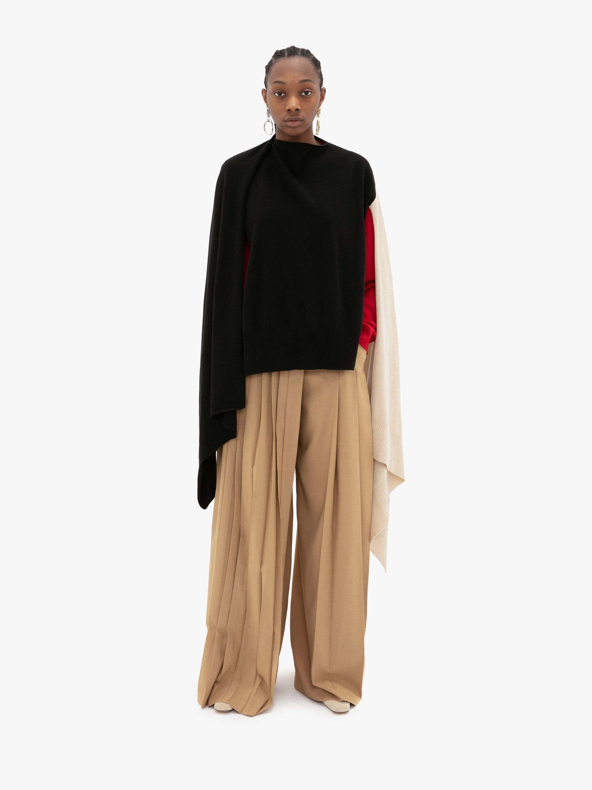 PLEATED SKIRT TROUSERS