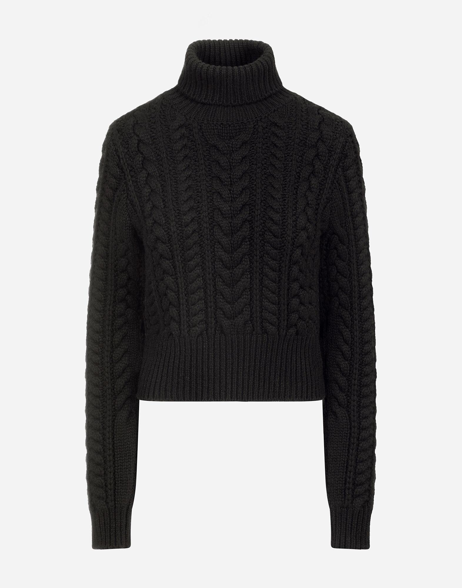 Cable-knit cashmere turtle-neck sweater 4
