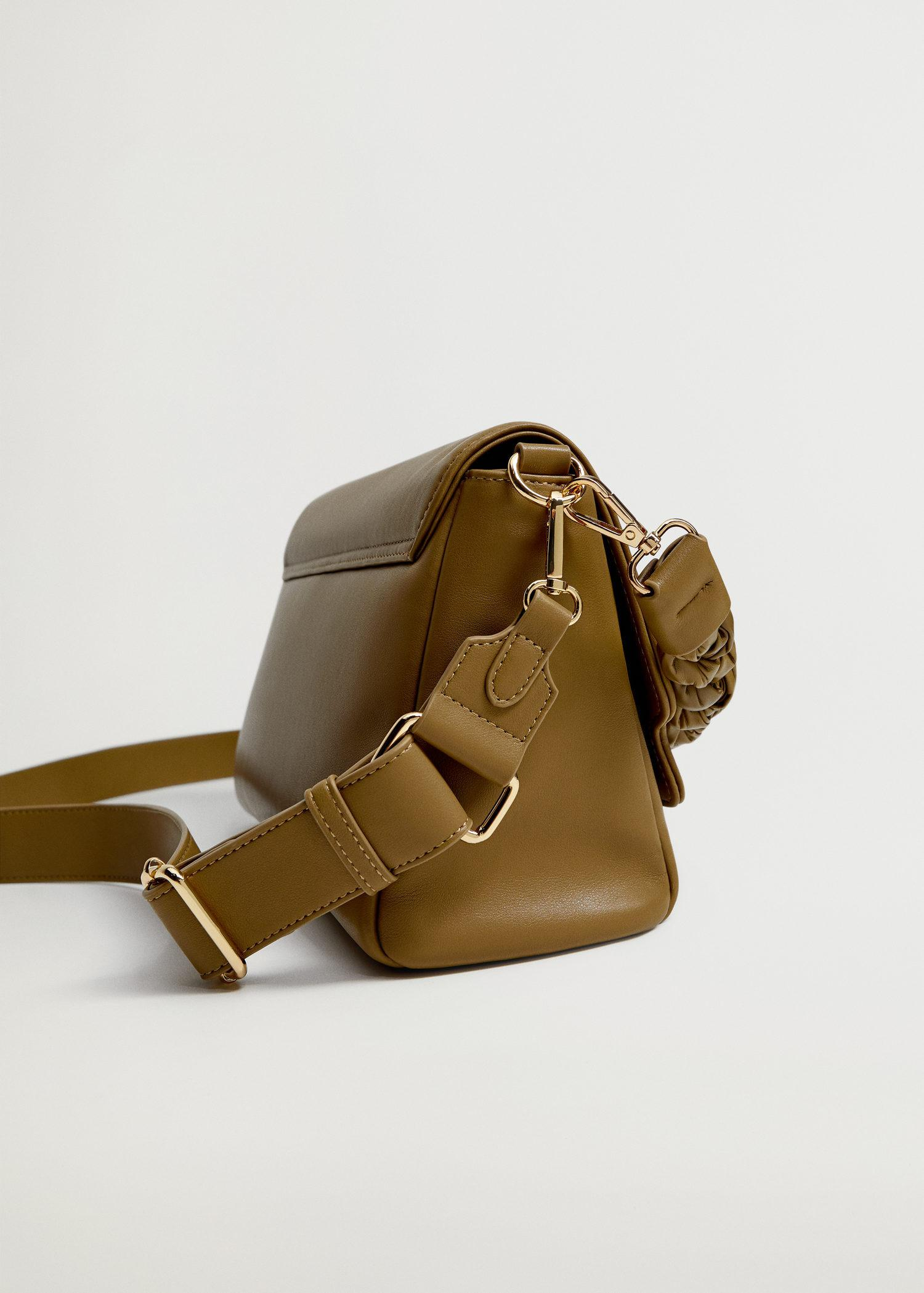 Crossbody bag with twisted strap 3
