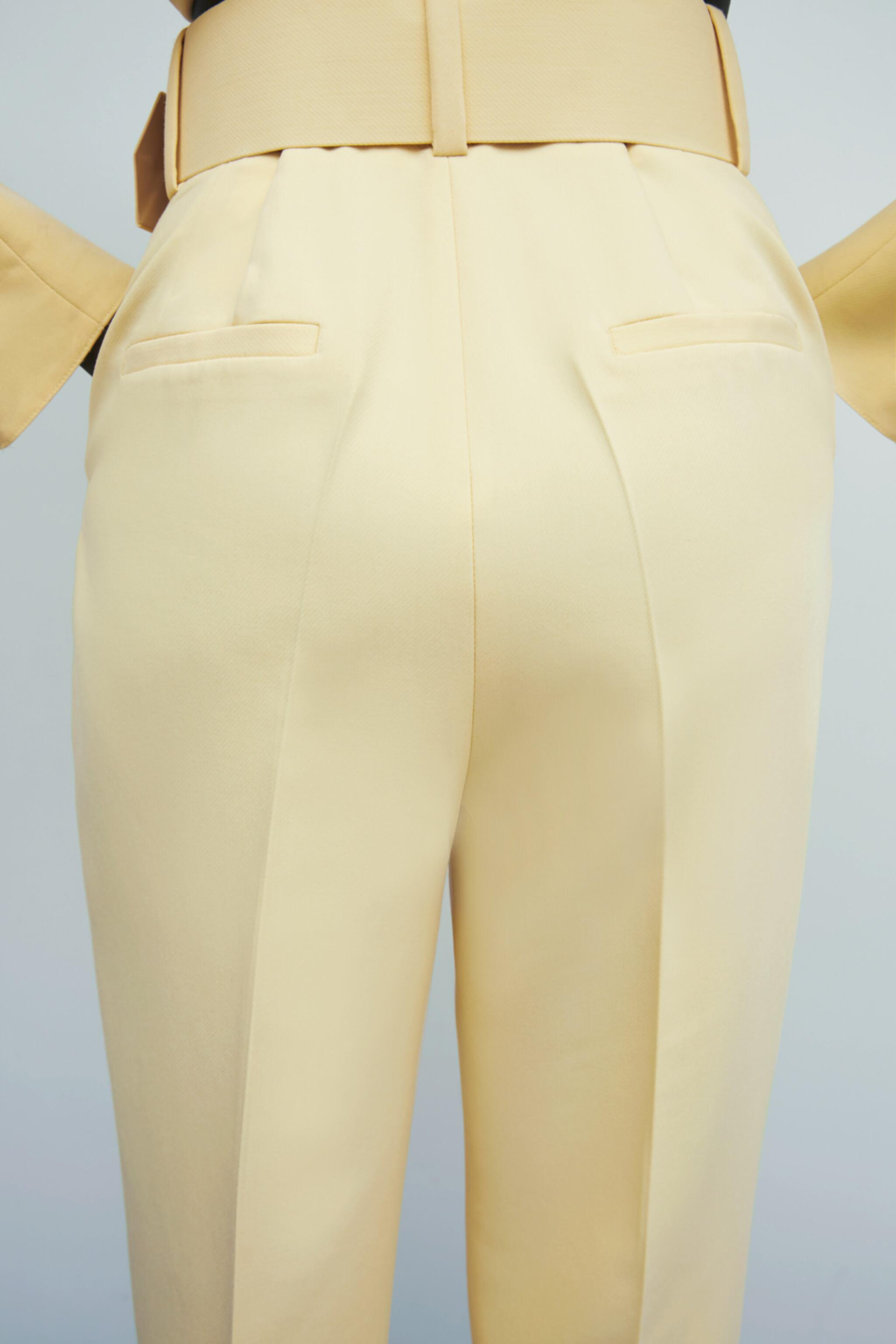 HIGH-WAISTED BELTED PANTS 3