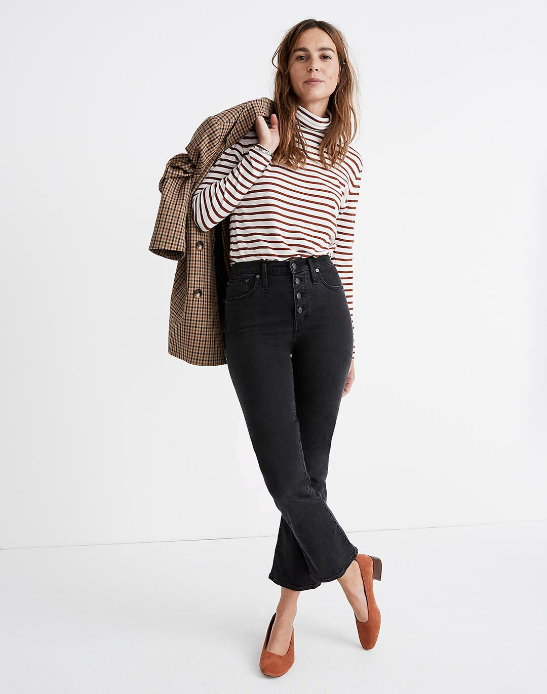 Petite Cali Demi-Boot Jeans in Bellspring Wash: Button-Front Edition