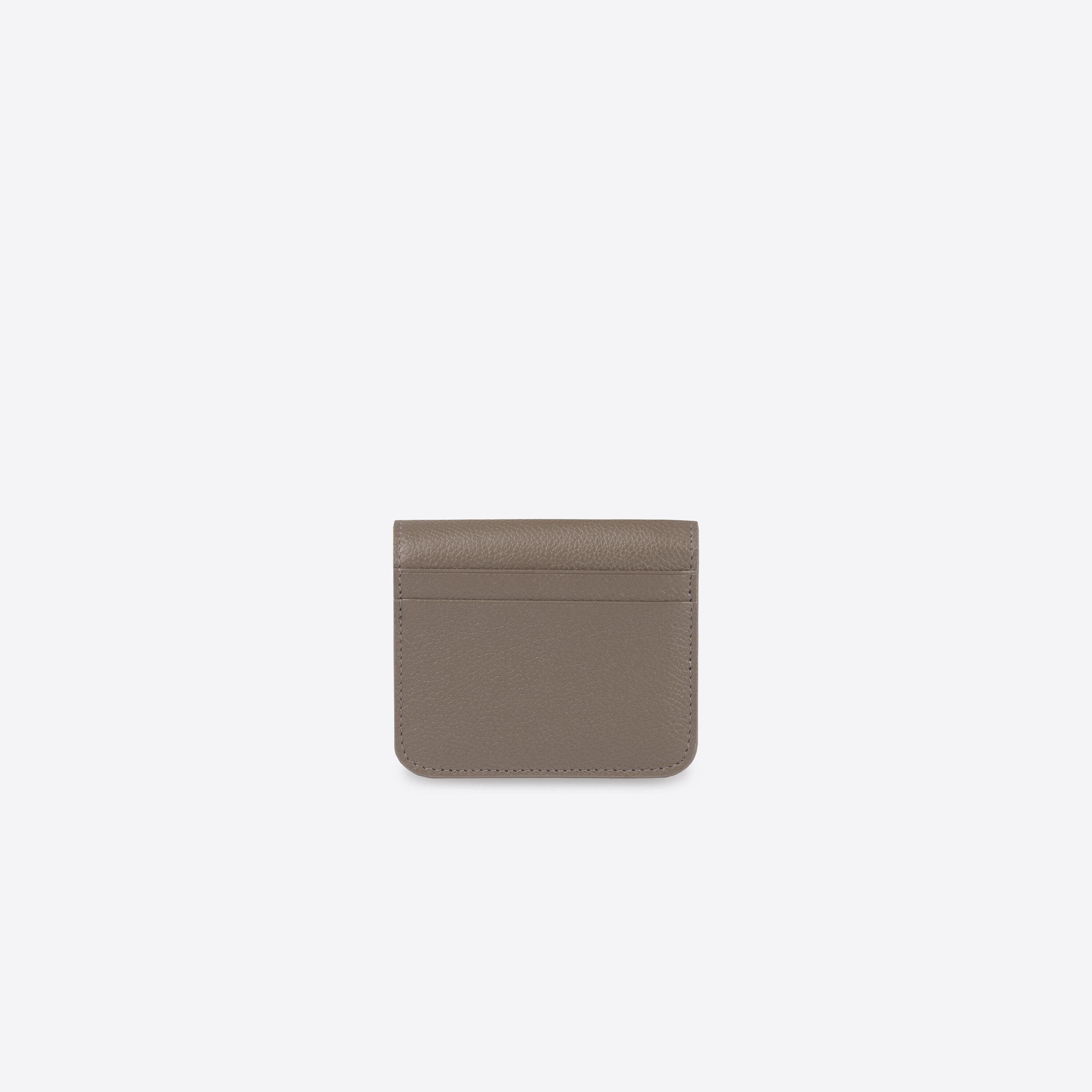 Essential Flap Coin and Card Holder 1