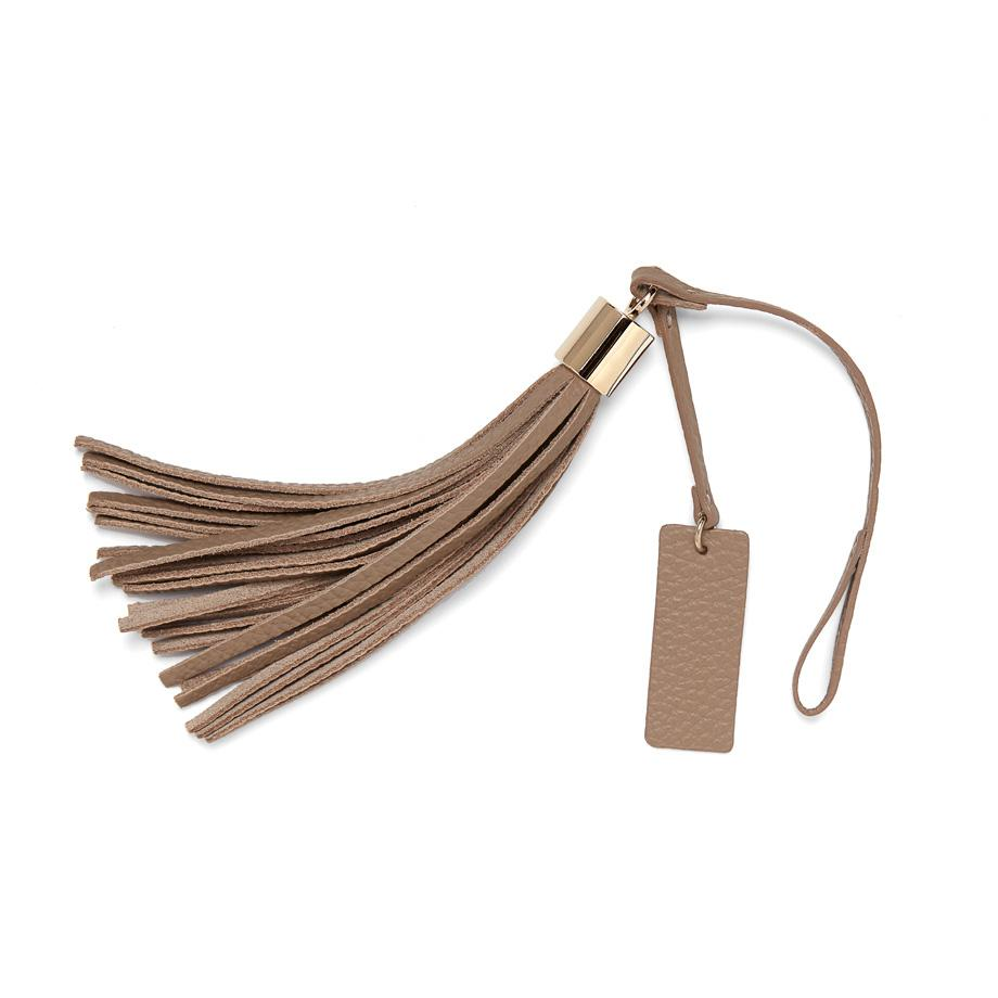 Women's Leather Bag Tassel in Stone | Pebbled Leather by Cuyana