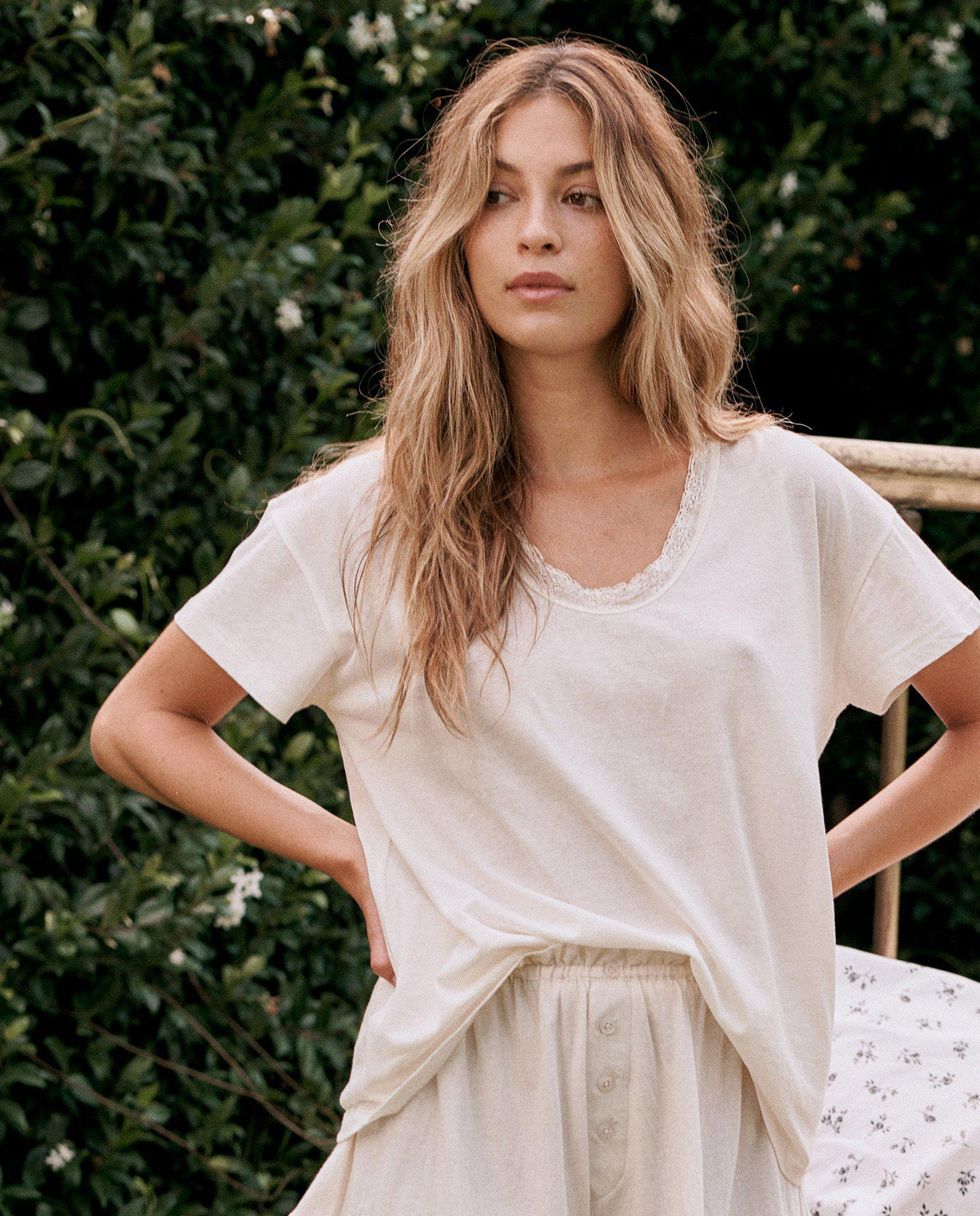 The Lace Tee. -- WASHED WHITE 1
