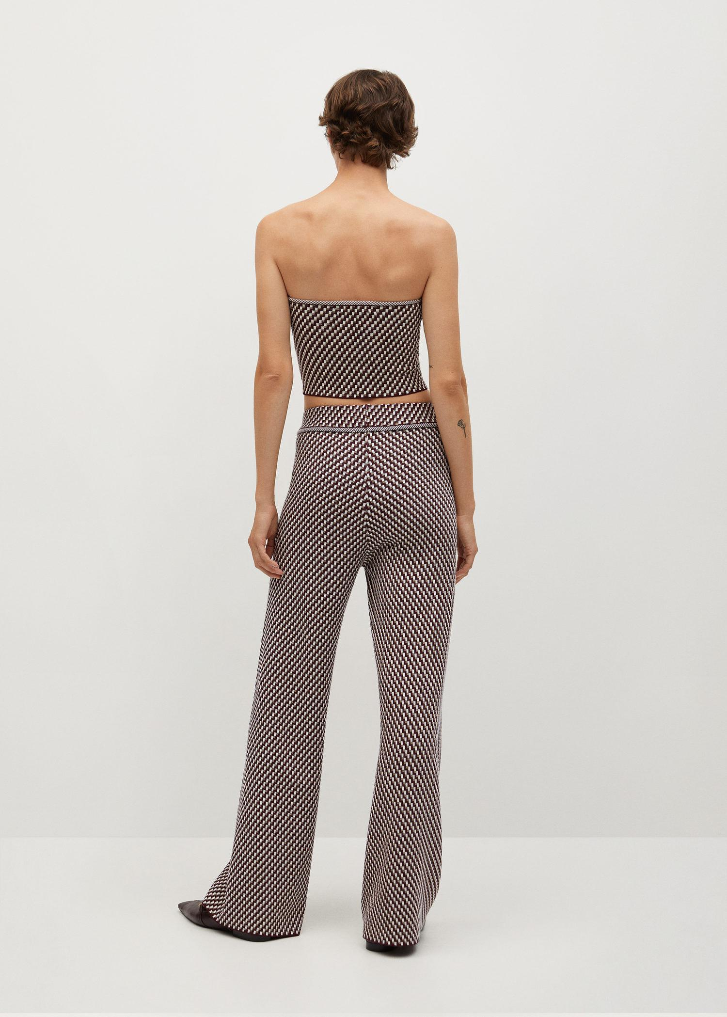 Knitted pants with geometric print 2