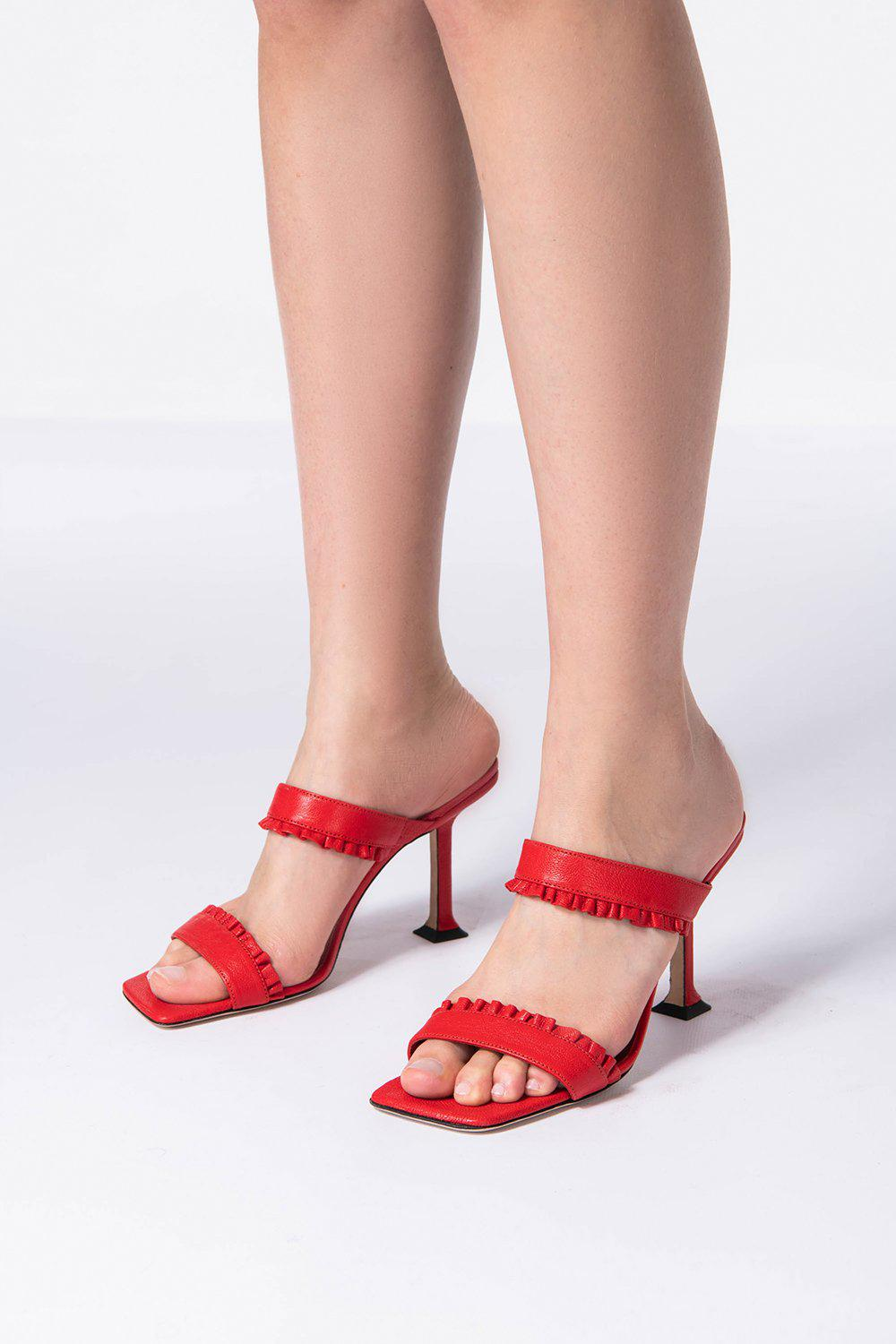 Pina Red Grained Leather 4