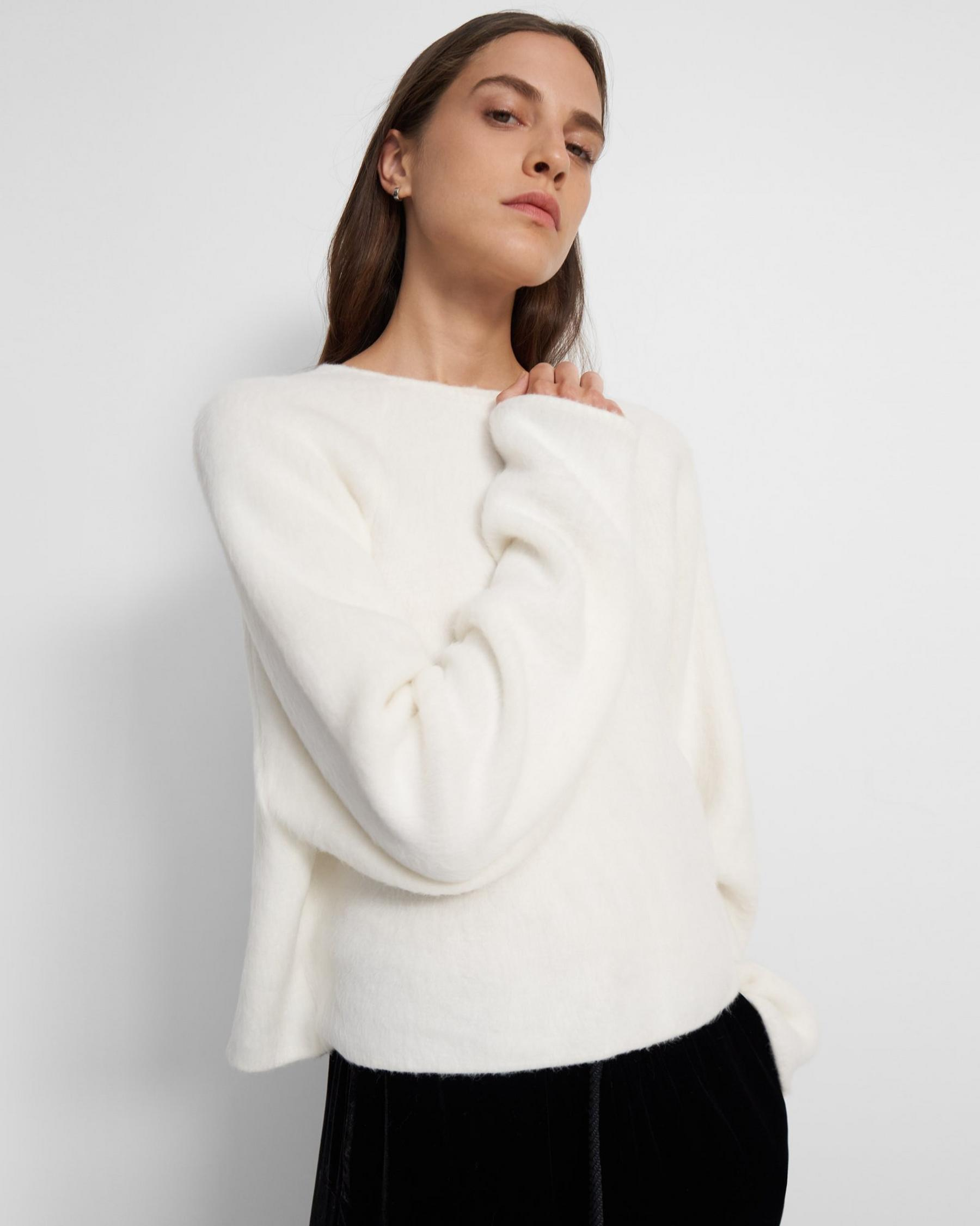 Rounded Top in Faux Fur Jersey