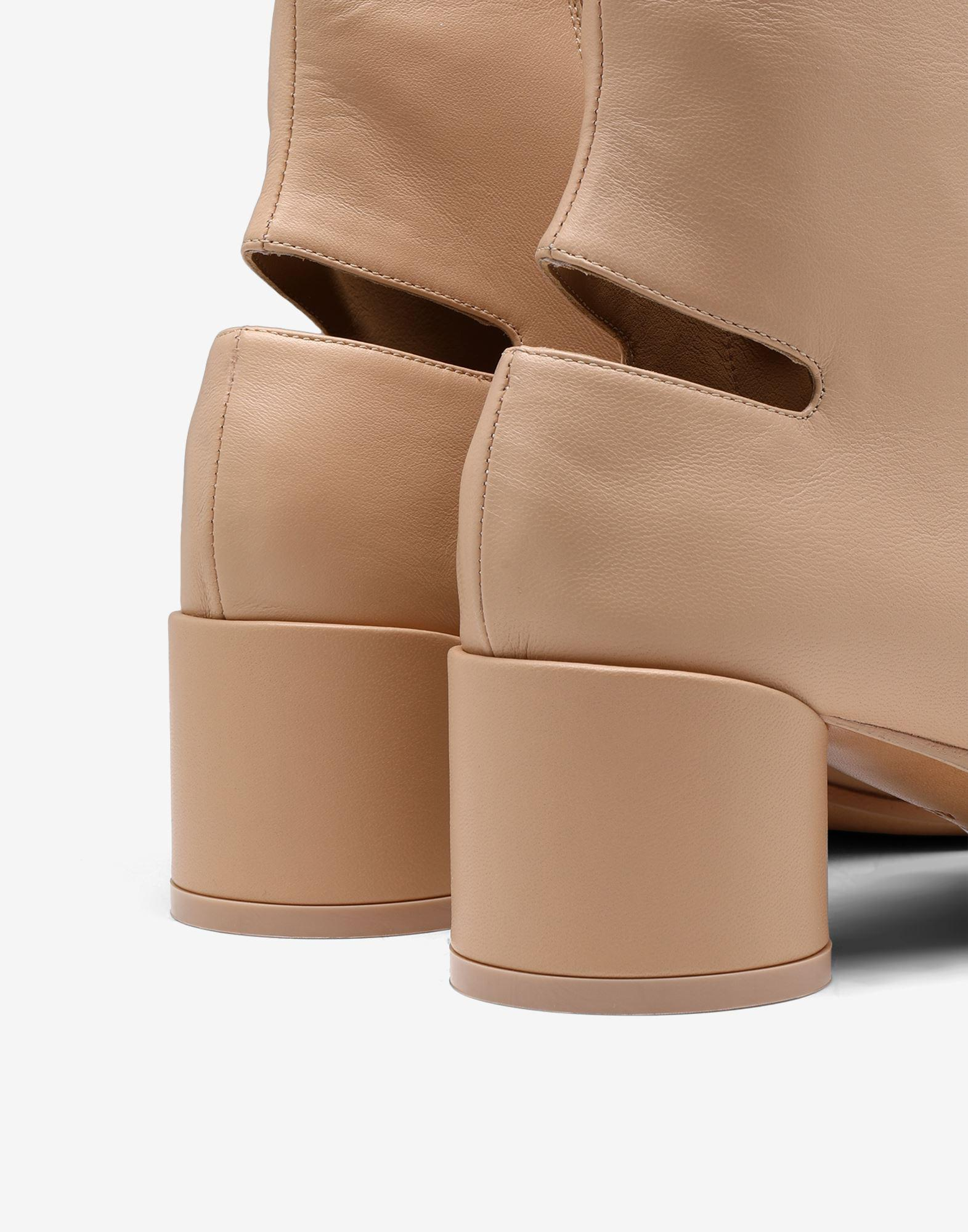 Cut-out leather ankle boots 3