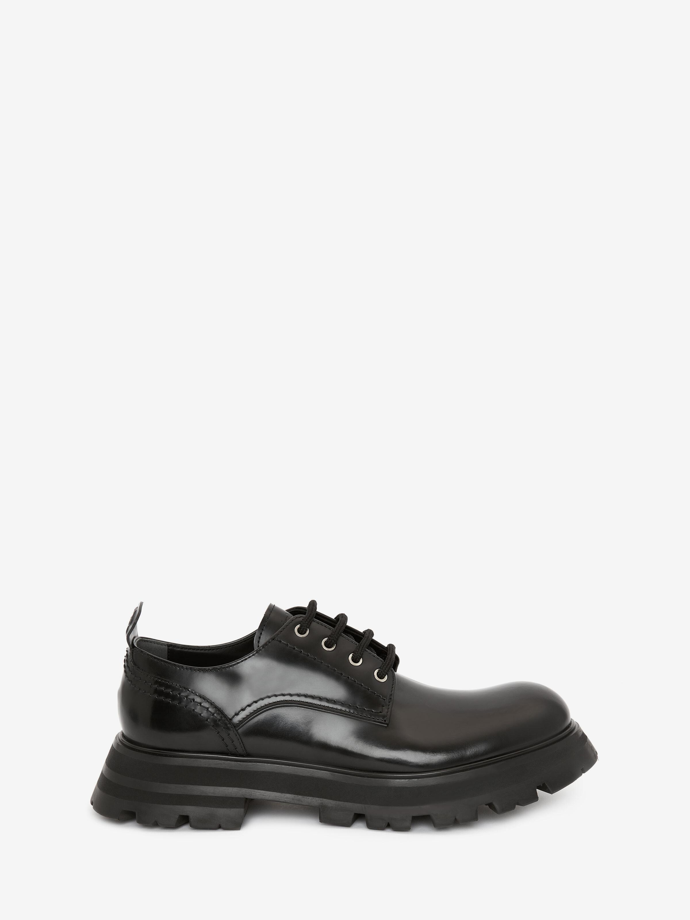 Wander Lace-Up