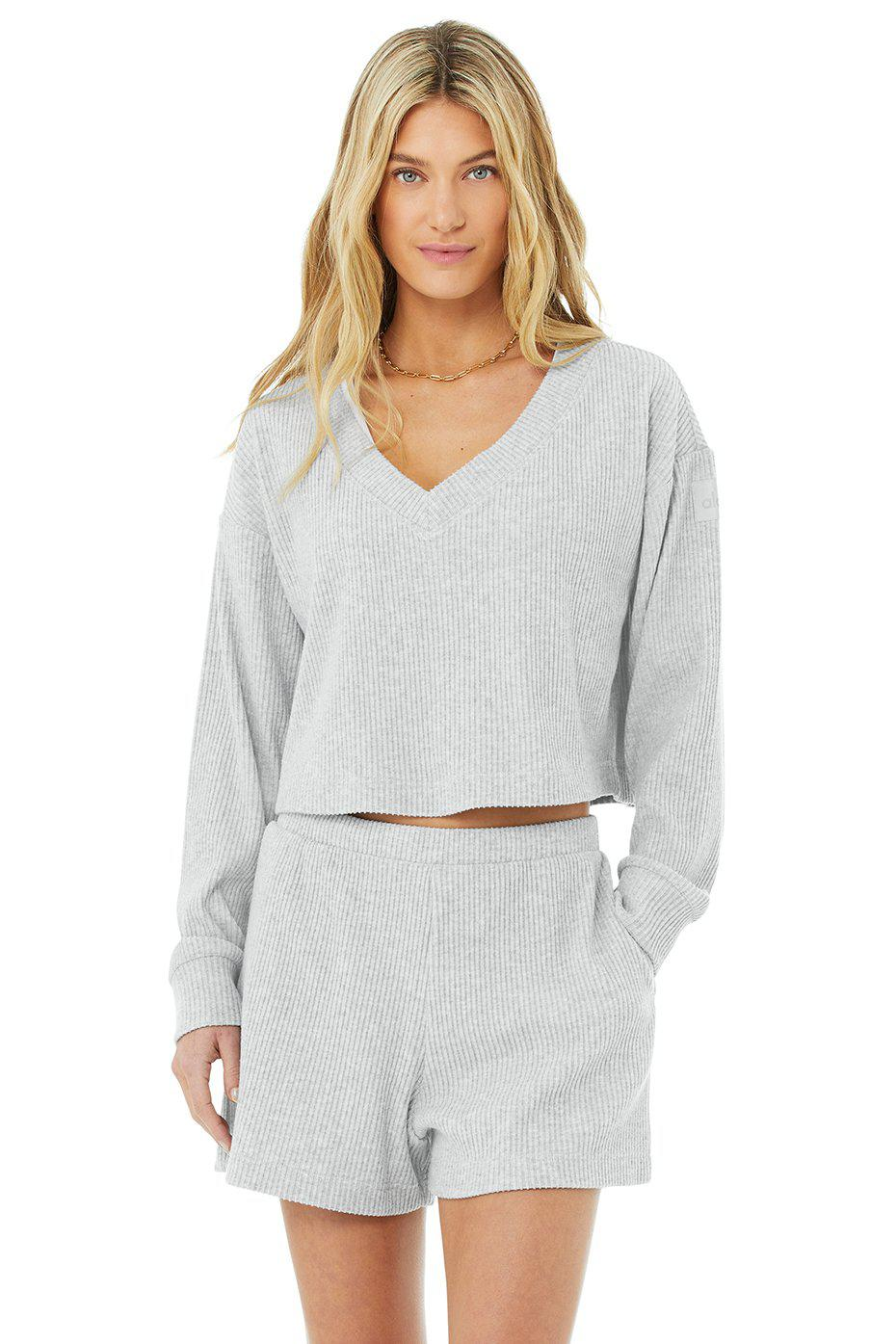 Muse V-Neck Pullover - Athletic Heather Grey