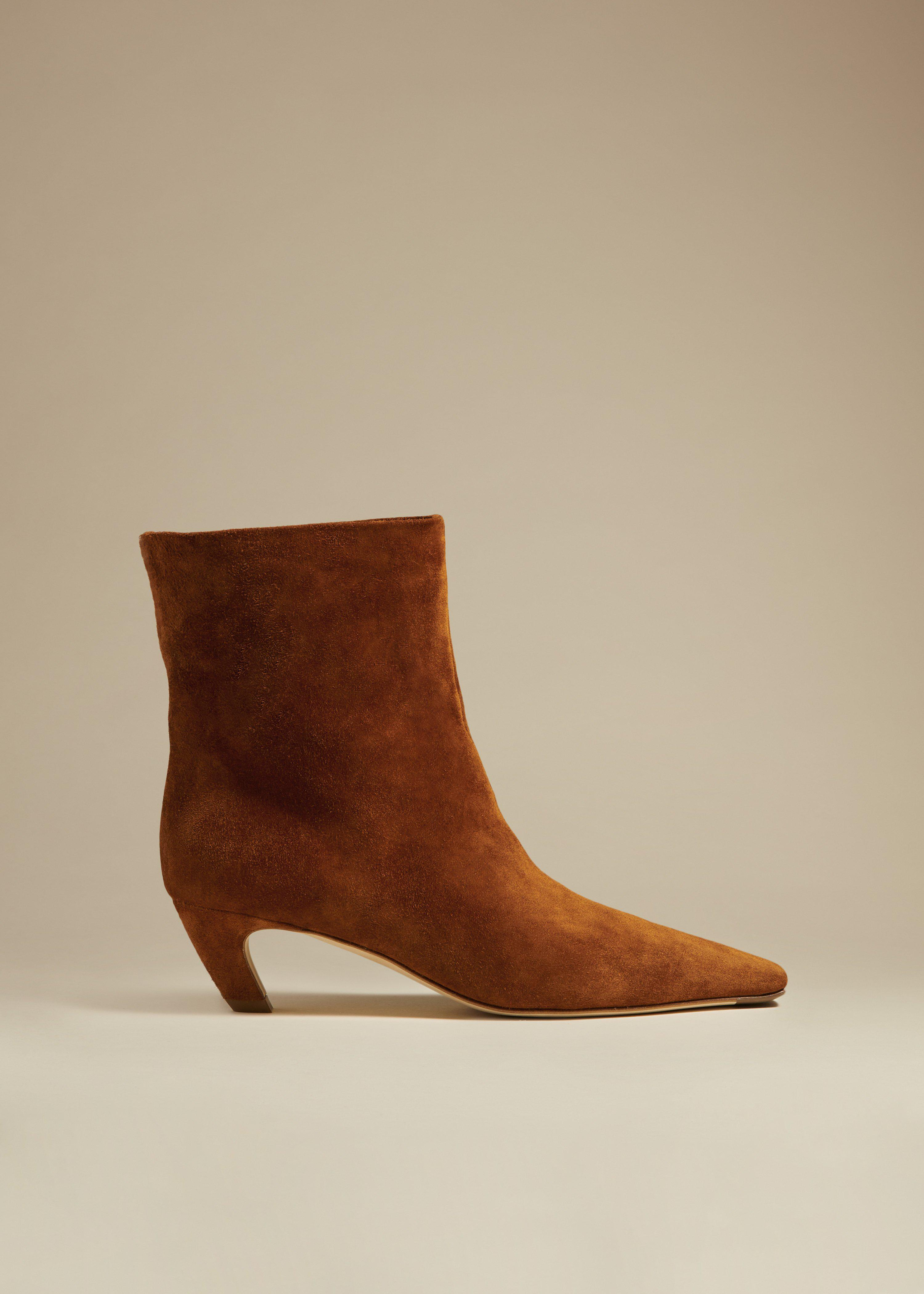 The Arizona Boot in Caramel Suede