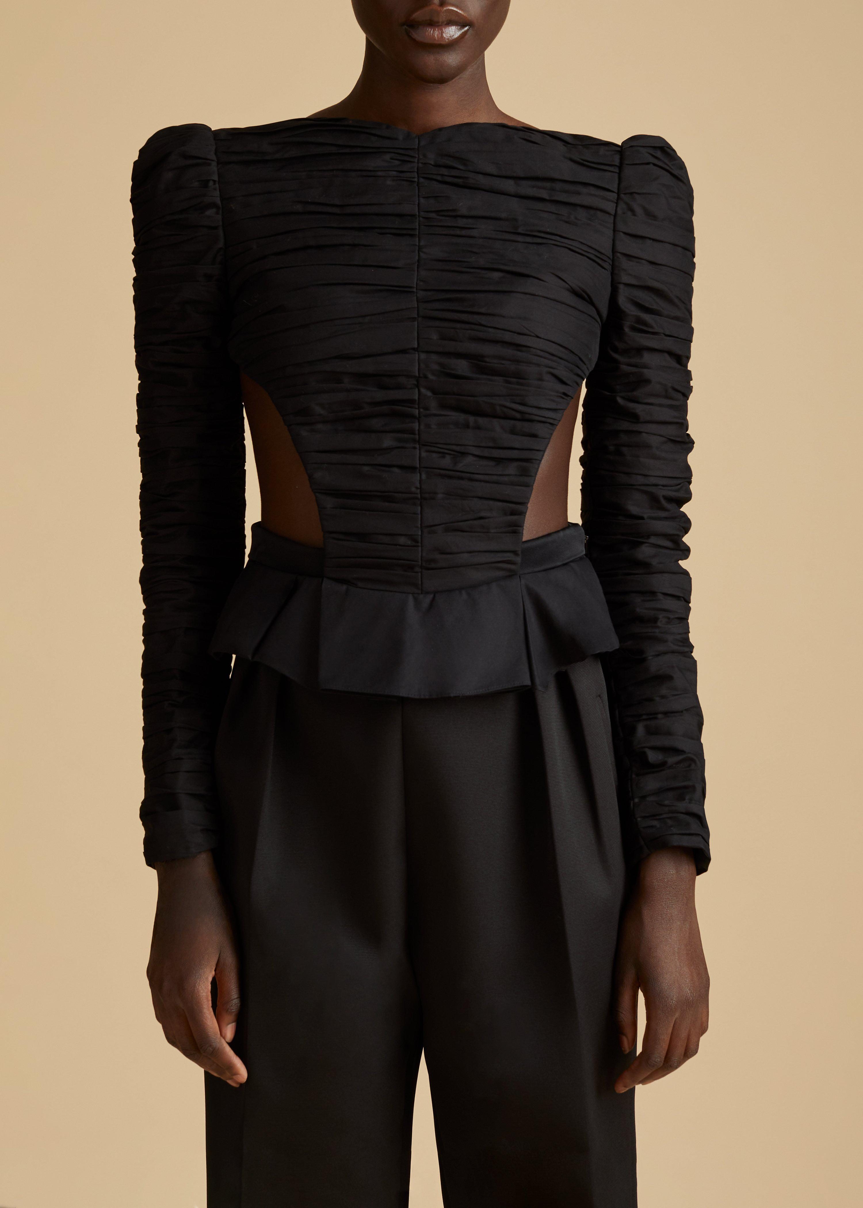 The Rosy Top in Black