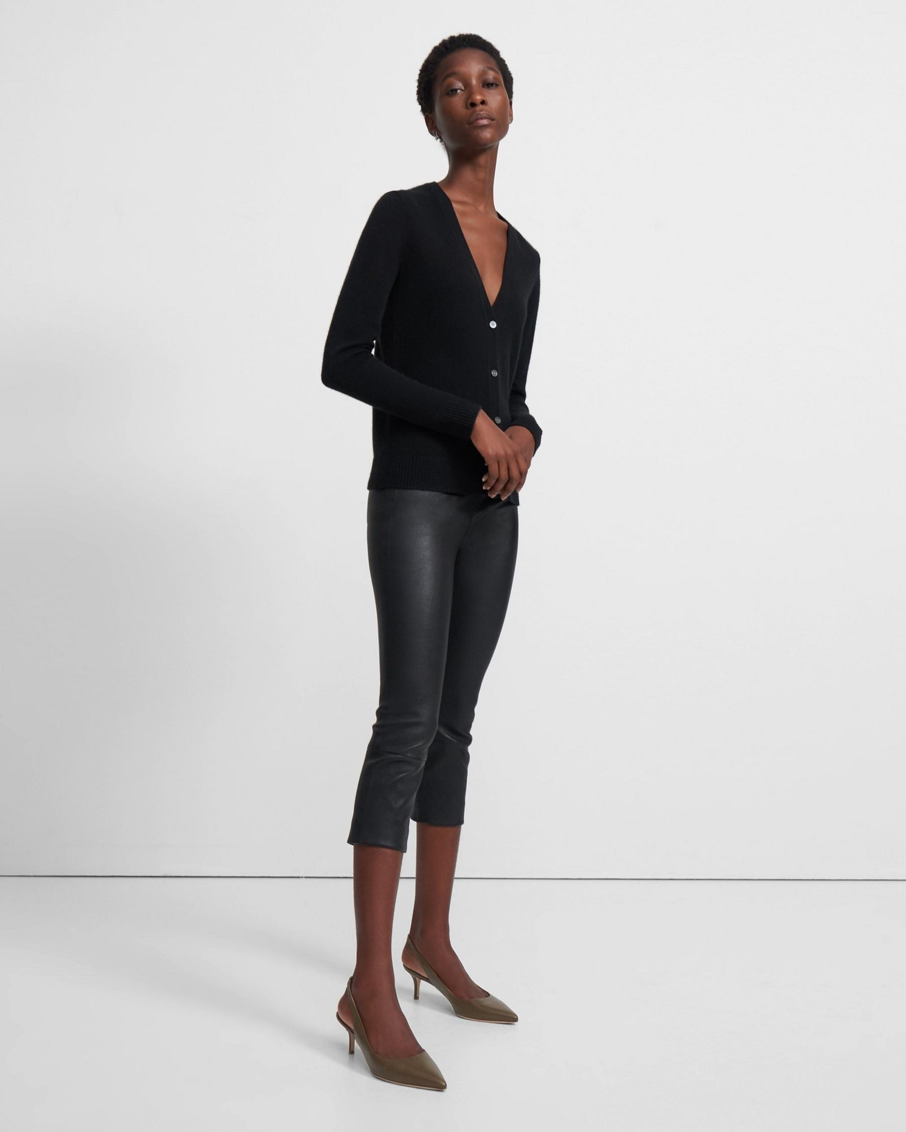 V-Neck Cardigan in Feather Cashmere