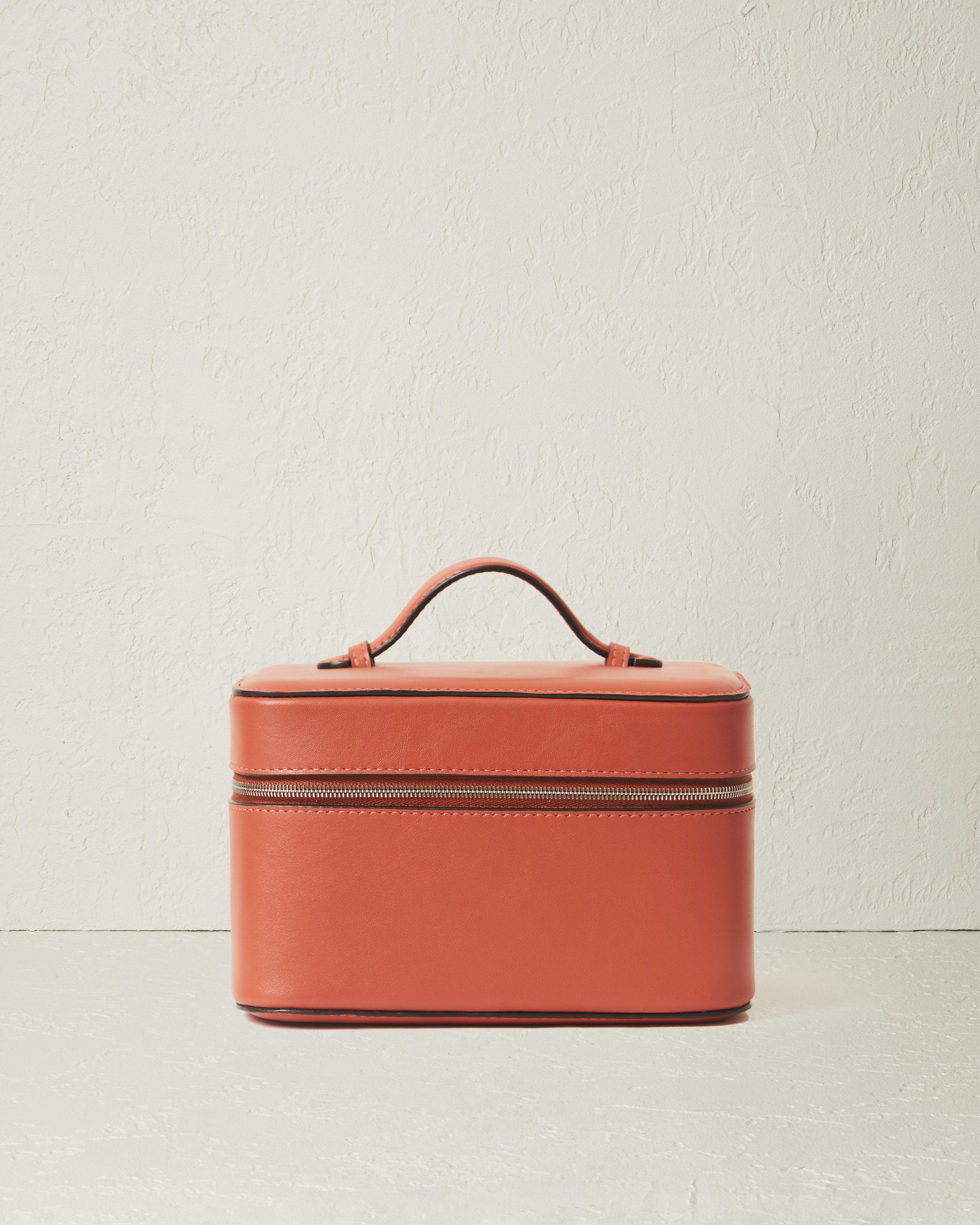 The Beauty Case in Nappa Leather