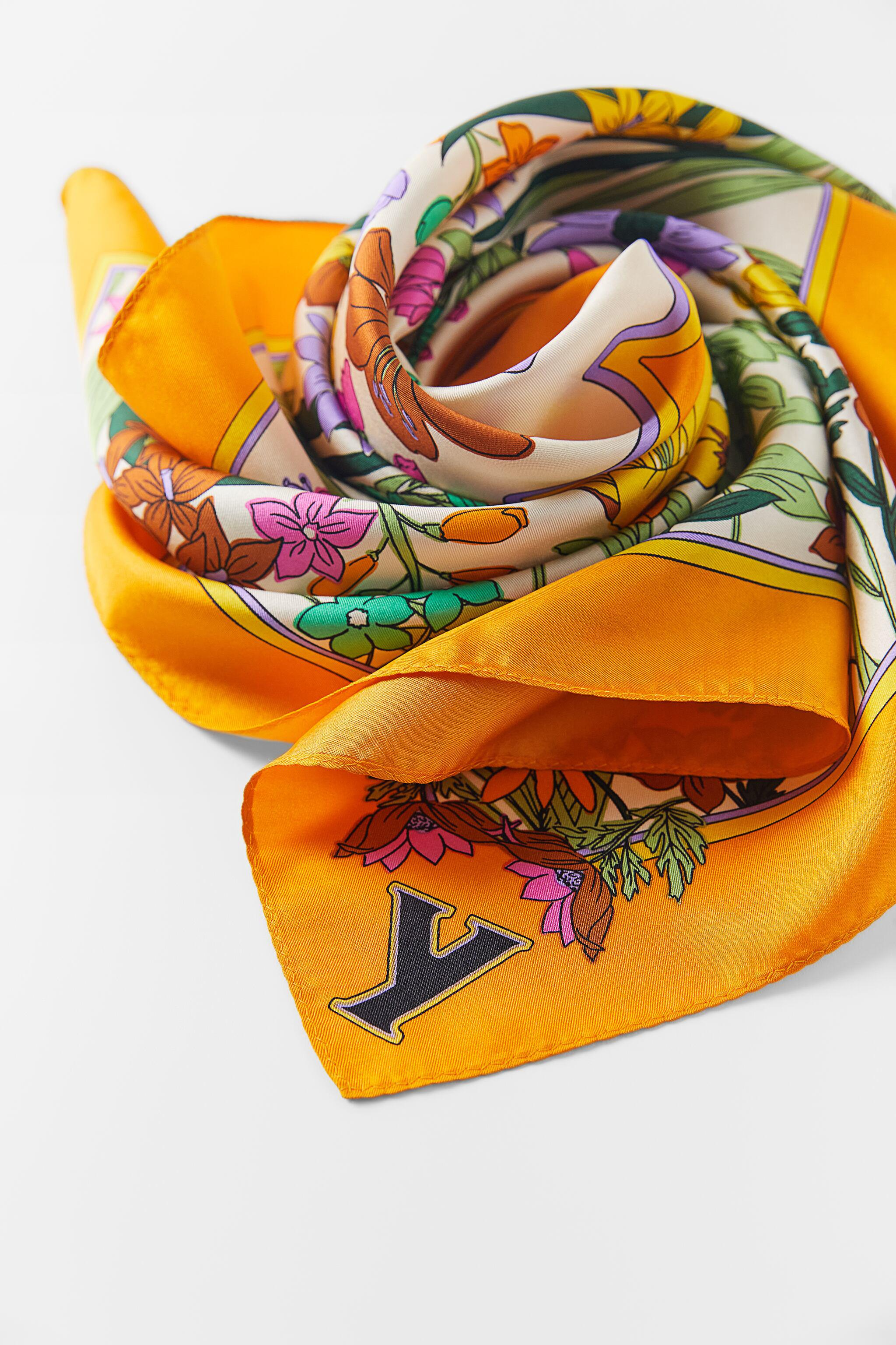 INITIAL SILK SCARF SPECIAL EDITION 3