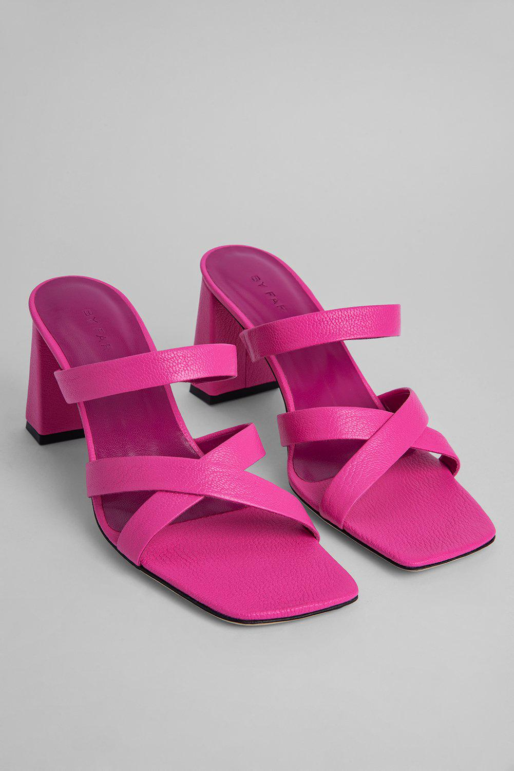 Lenny Hot Pink Grained Leather 1