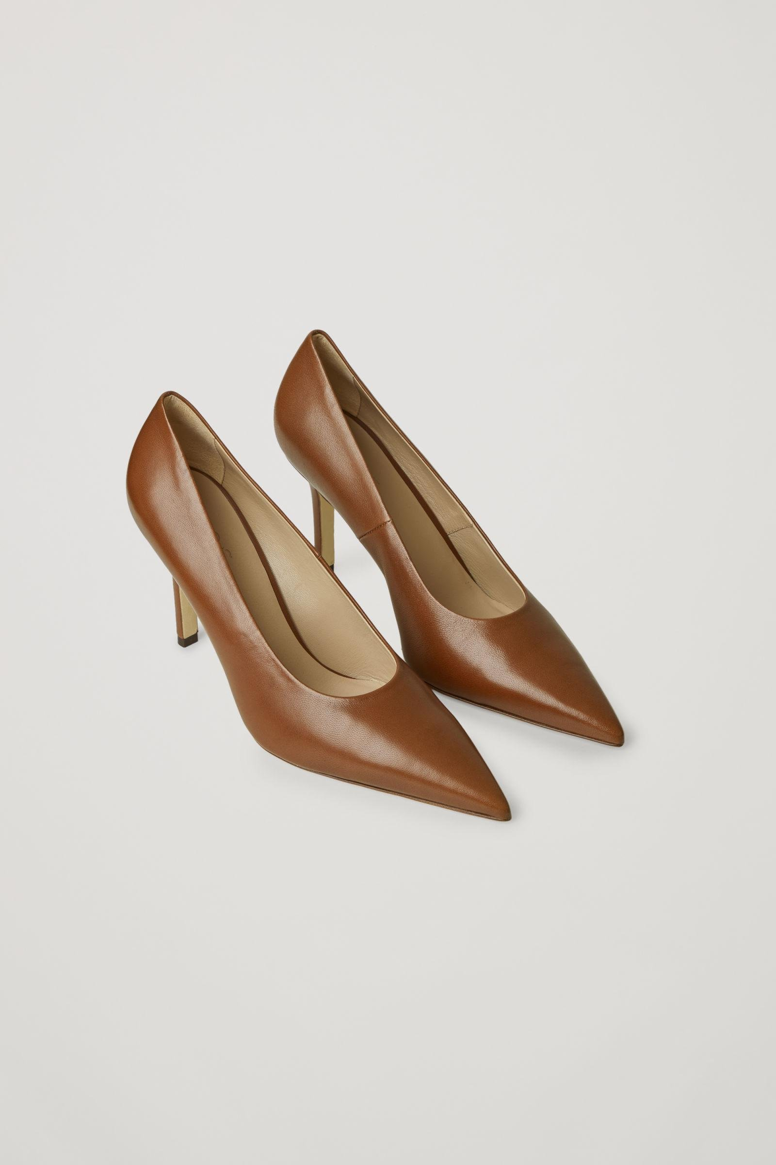 POINTED LEATHER HIGH HEELS