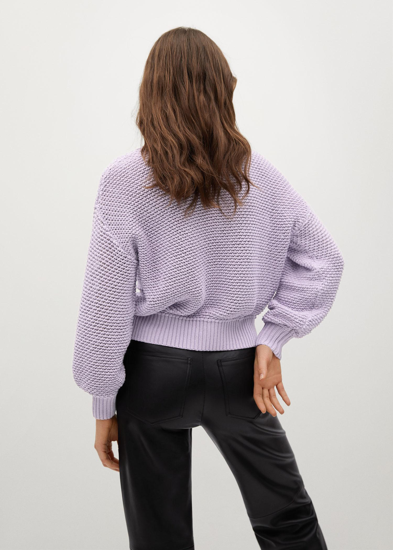Embossed contrasting knit sweater 2