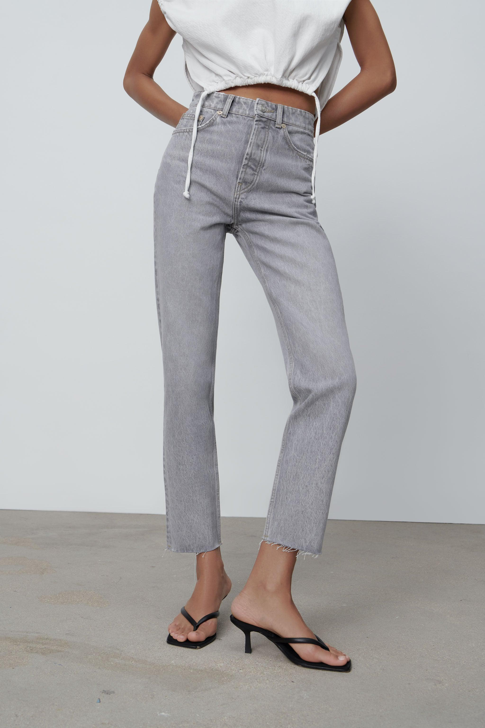 MOM FIT JEANS 2