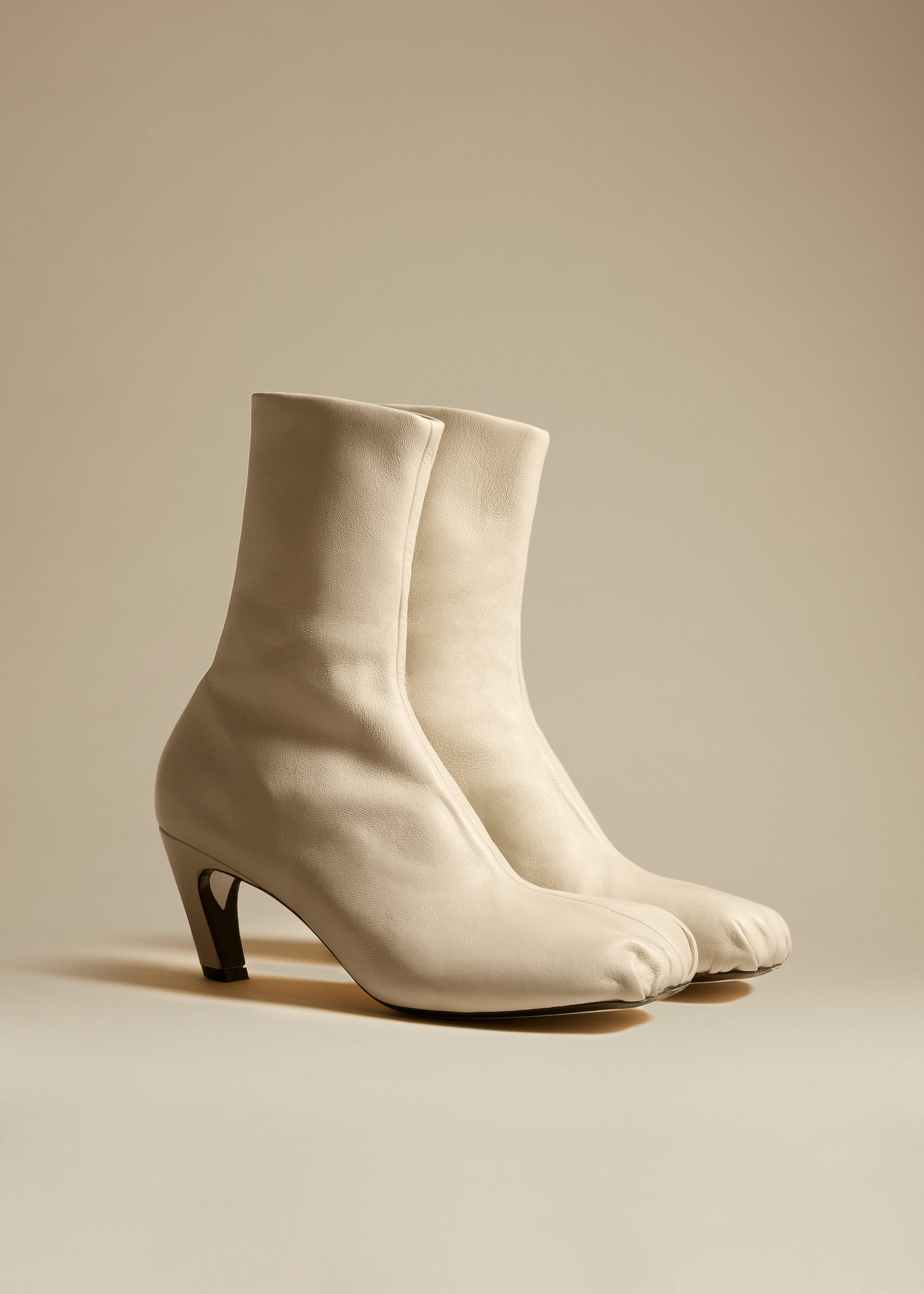 The Normandy Boot in Cream Leather 1