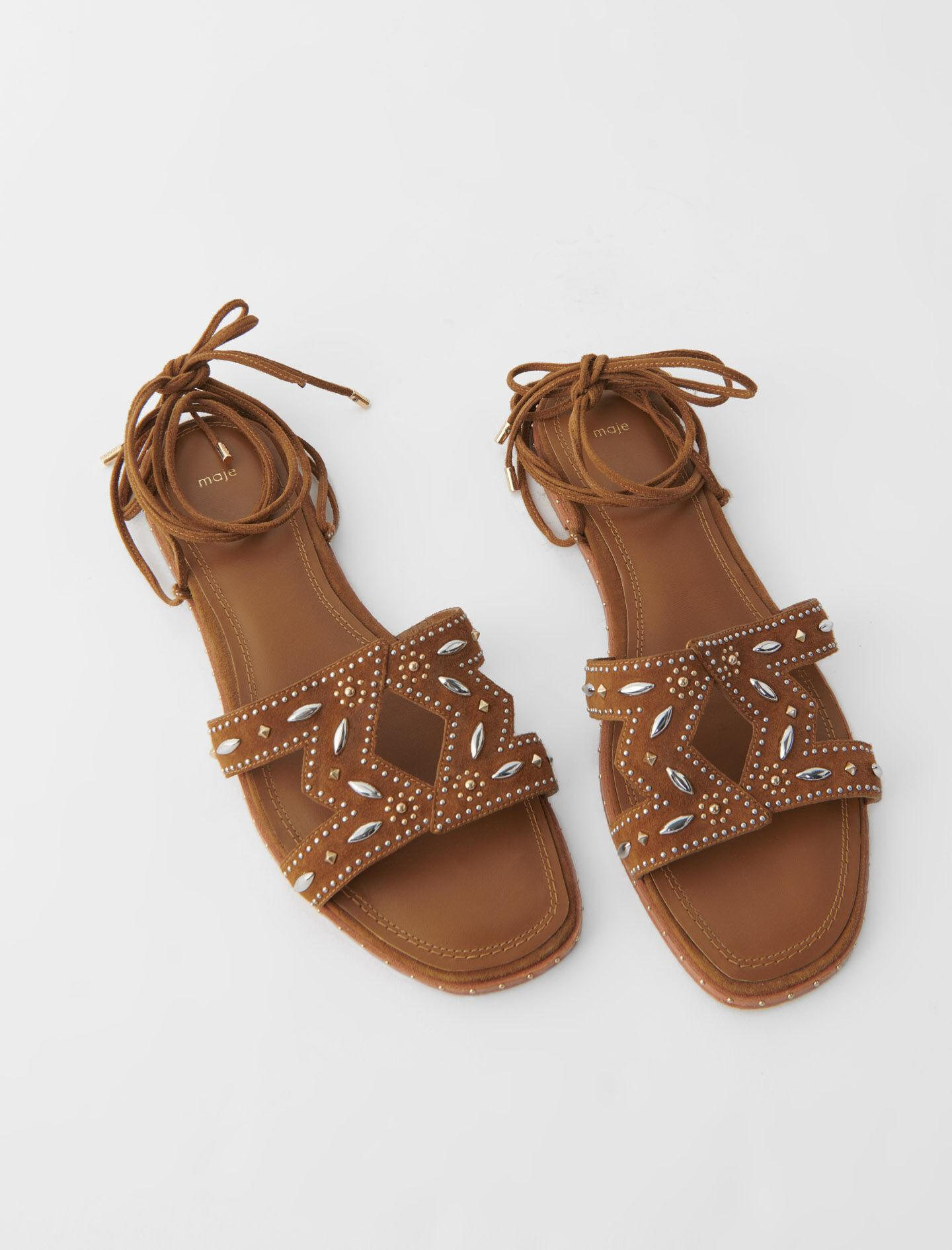 FLAT TIE SANDALS WITH STUDS 2