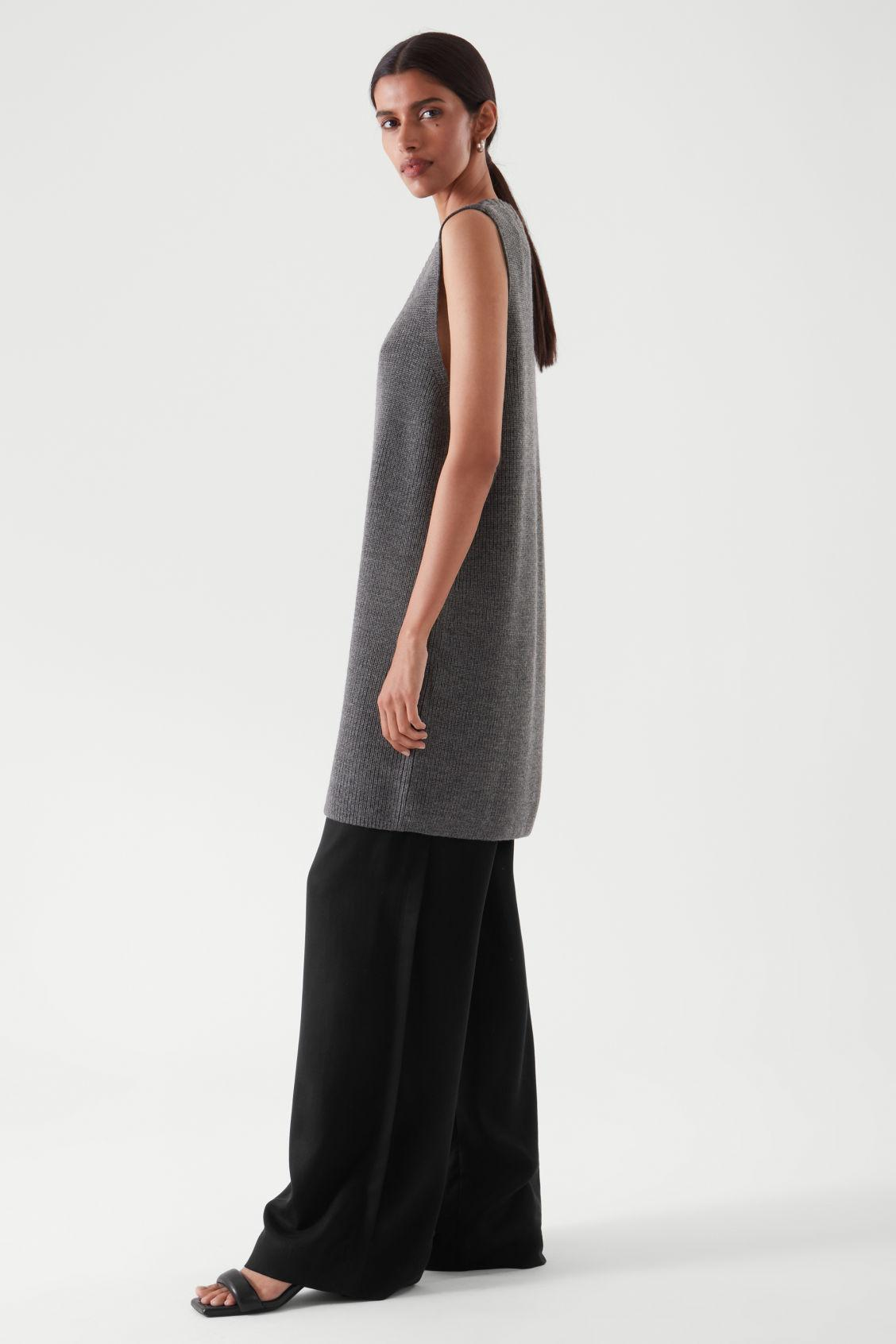KNITTED TUNIC 1