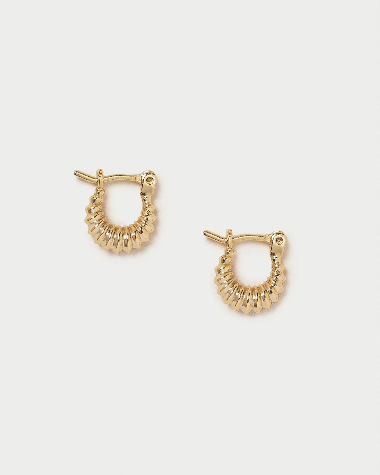 Andy Gold Pleated Hoop Earring
