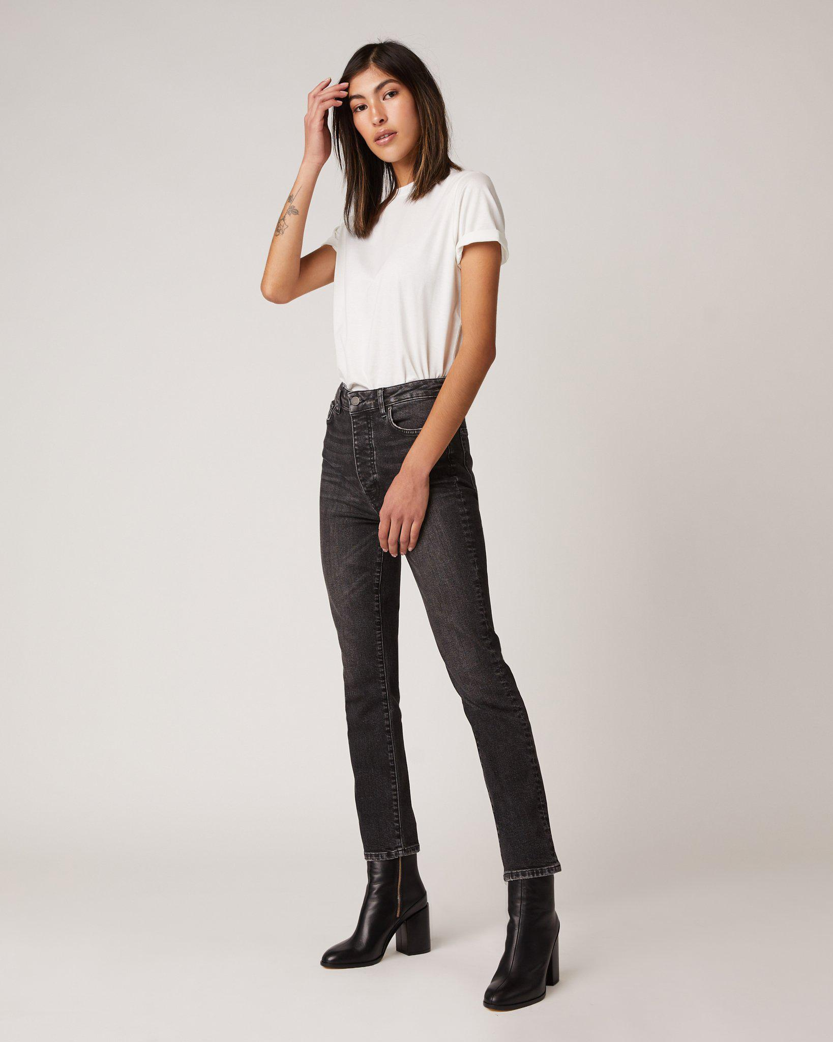 MGNTC Straight Jeans in Energy