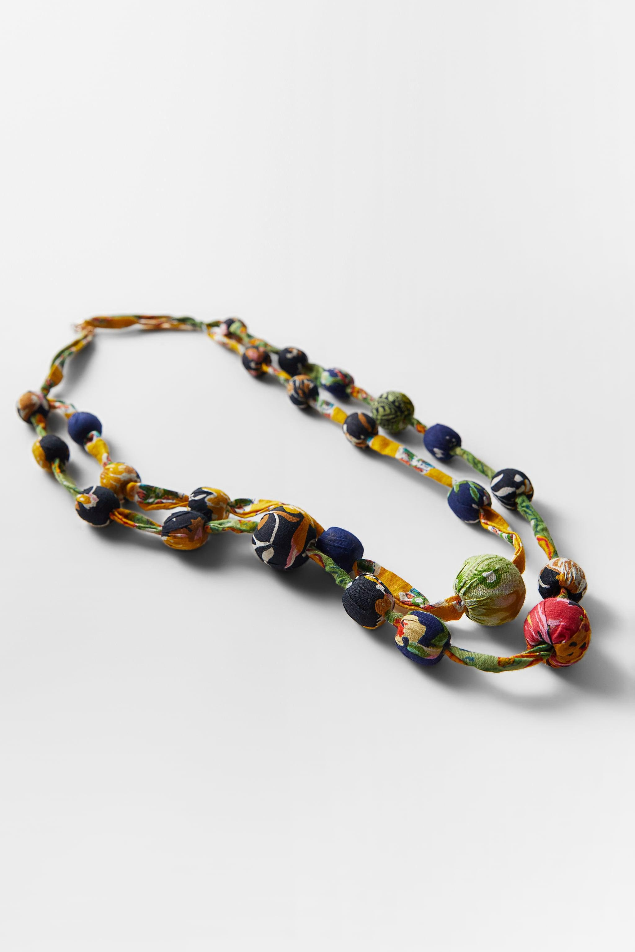 LONG BEADED NECKLACE 2