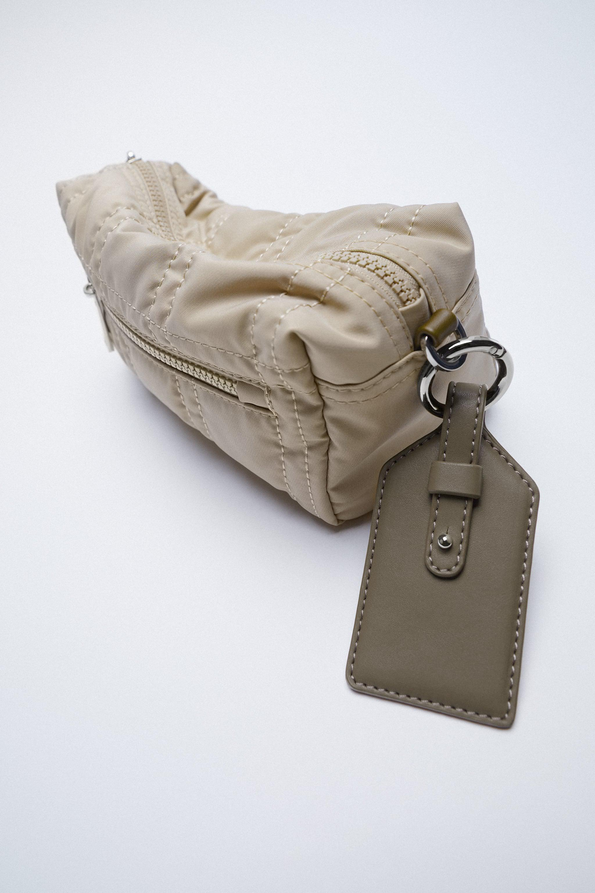 NYLON TOILETRY BAG WITH TOPSTITCHING 1