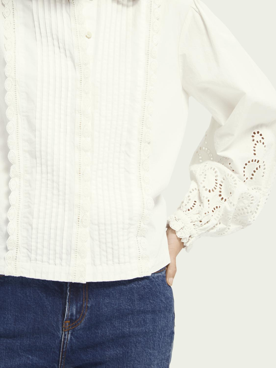 Broderie anglaise detail top 3