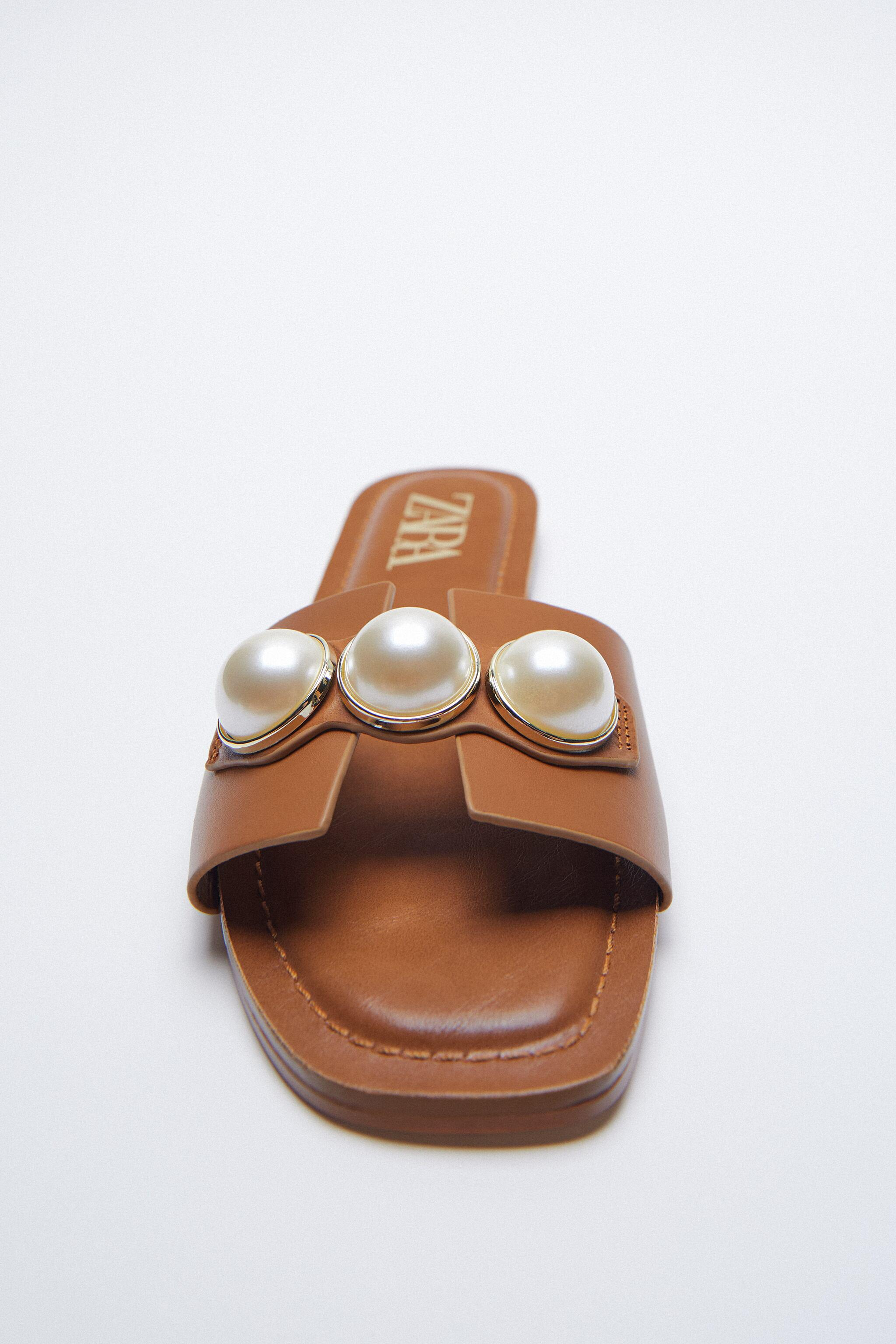 LEATHER SLIDE SANDALS WITH PEARLS 1