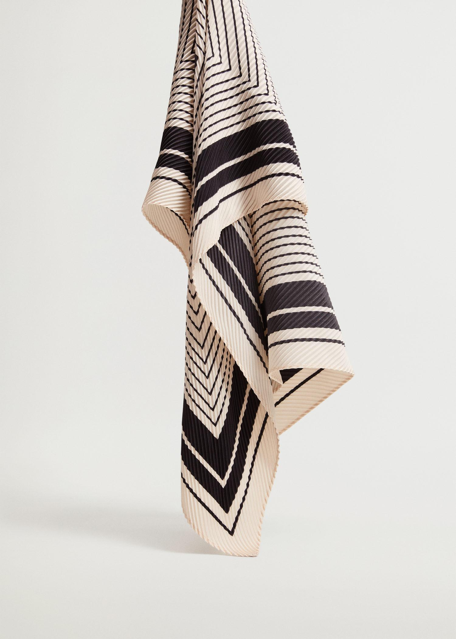 Striped printed scarf