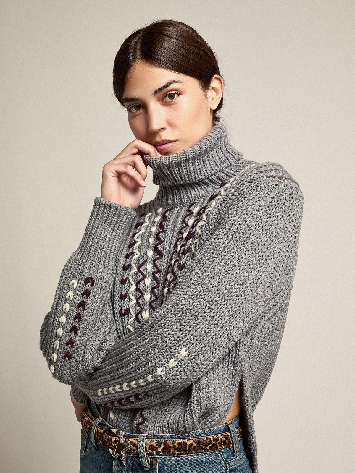 Gray melange Journey Collection Doreen turtleneck sweater with contrasting embroidery
